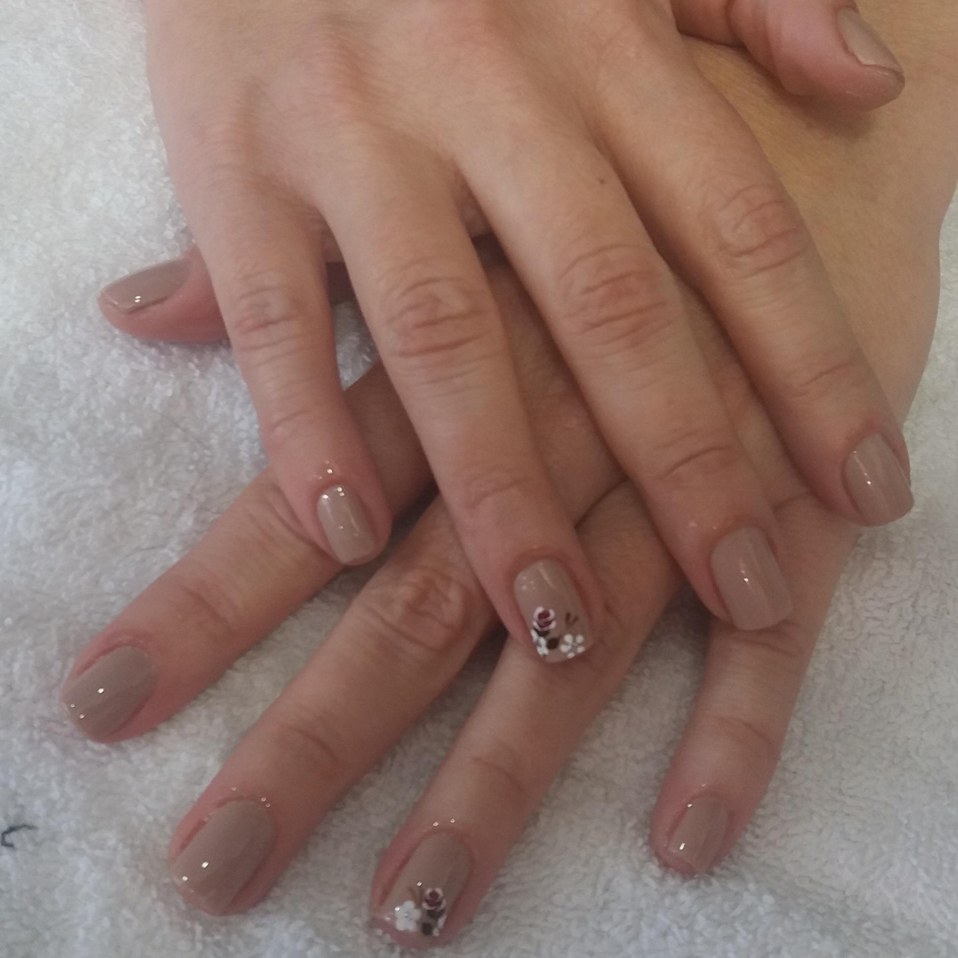 unha esteticista docente / professor(a) manicure e pedicure maquiador(a) micropigmentador(a) cosmetólogo(a) aromaterapeuta