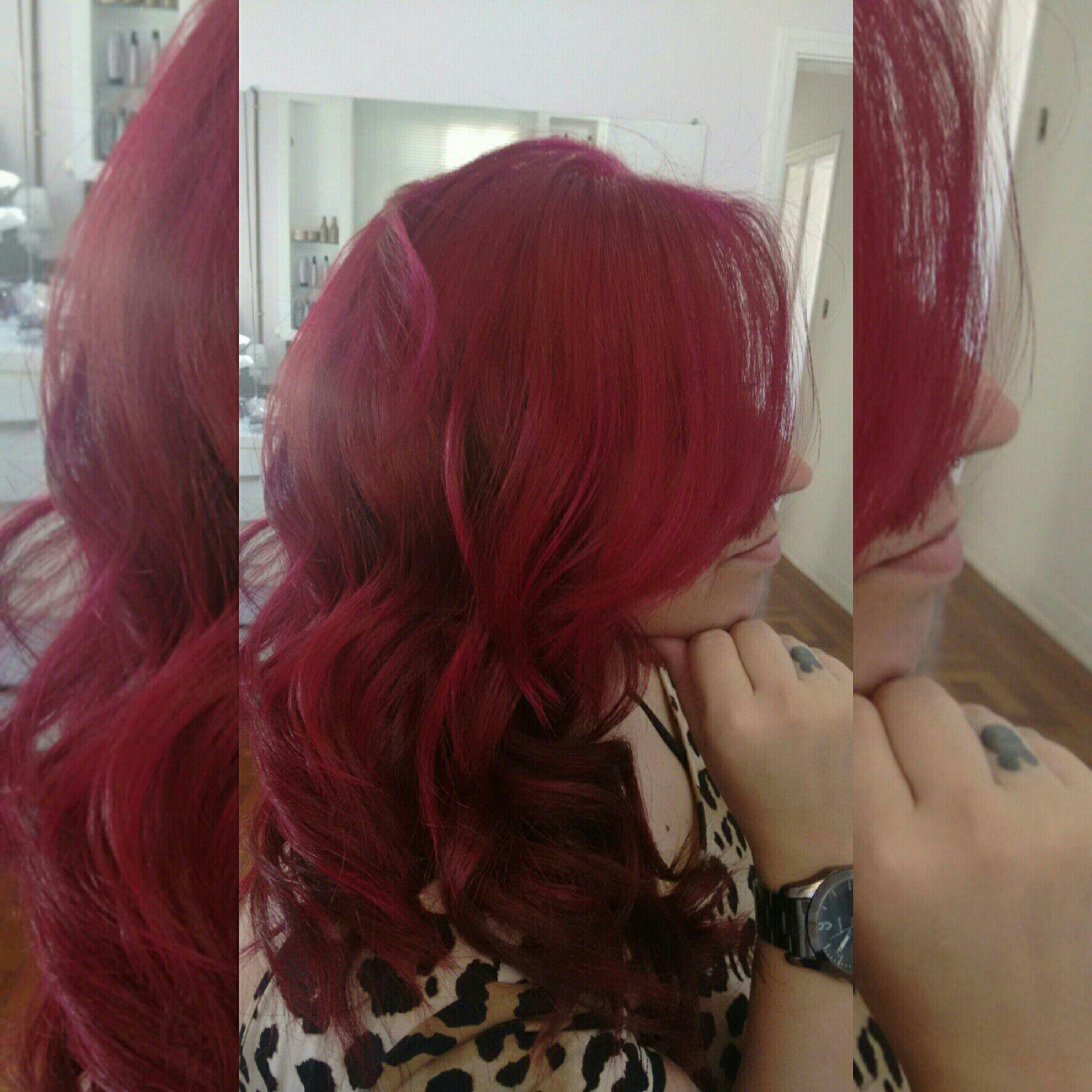 Cabelo todo em transparência, finalizado com magenta da joico, resultado: cor e brilho vibrante cabelo cabeleireiro(a)