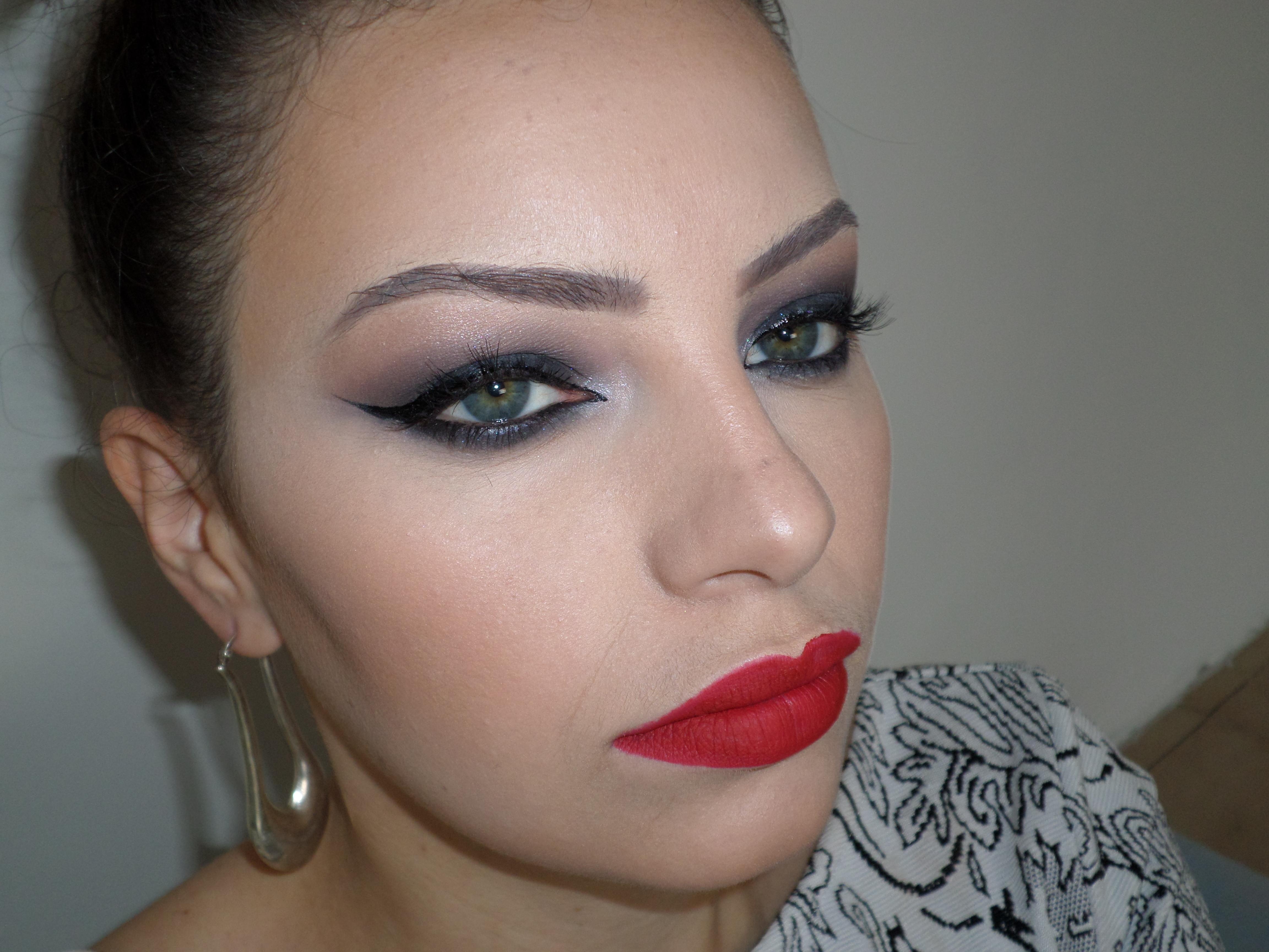 Maquiagem para festas. Siga meu Instagram @kovalecmakeup maquiagem maquiador(a)