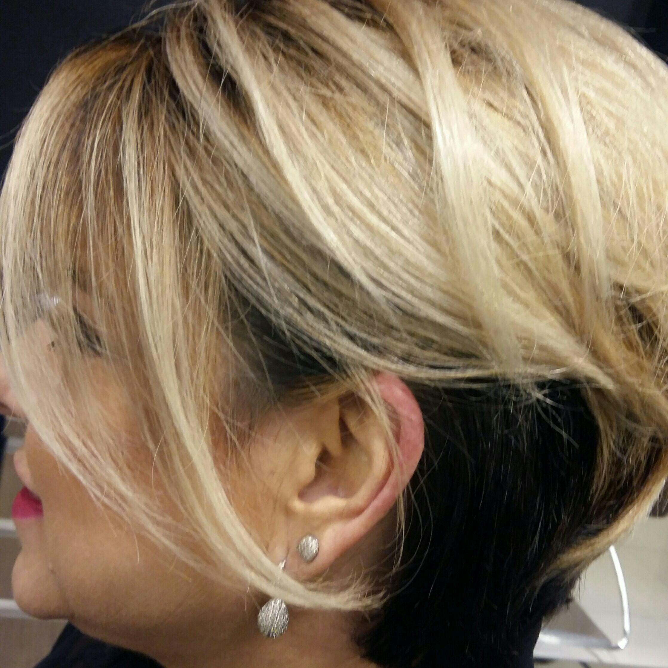 Penteado moderno #semipreso #ByIsabelCristina cabelo cabeleireiro(a)