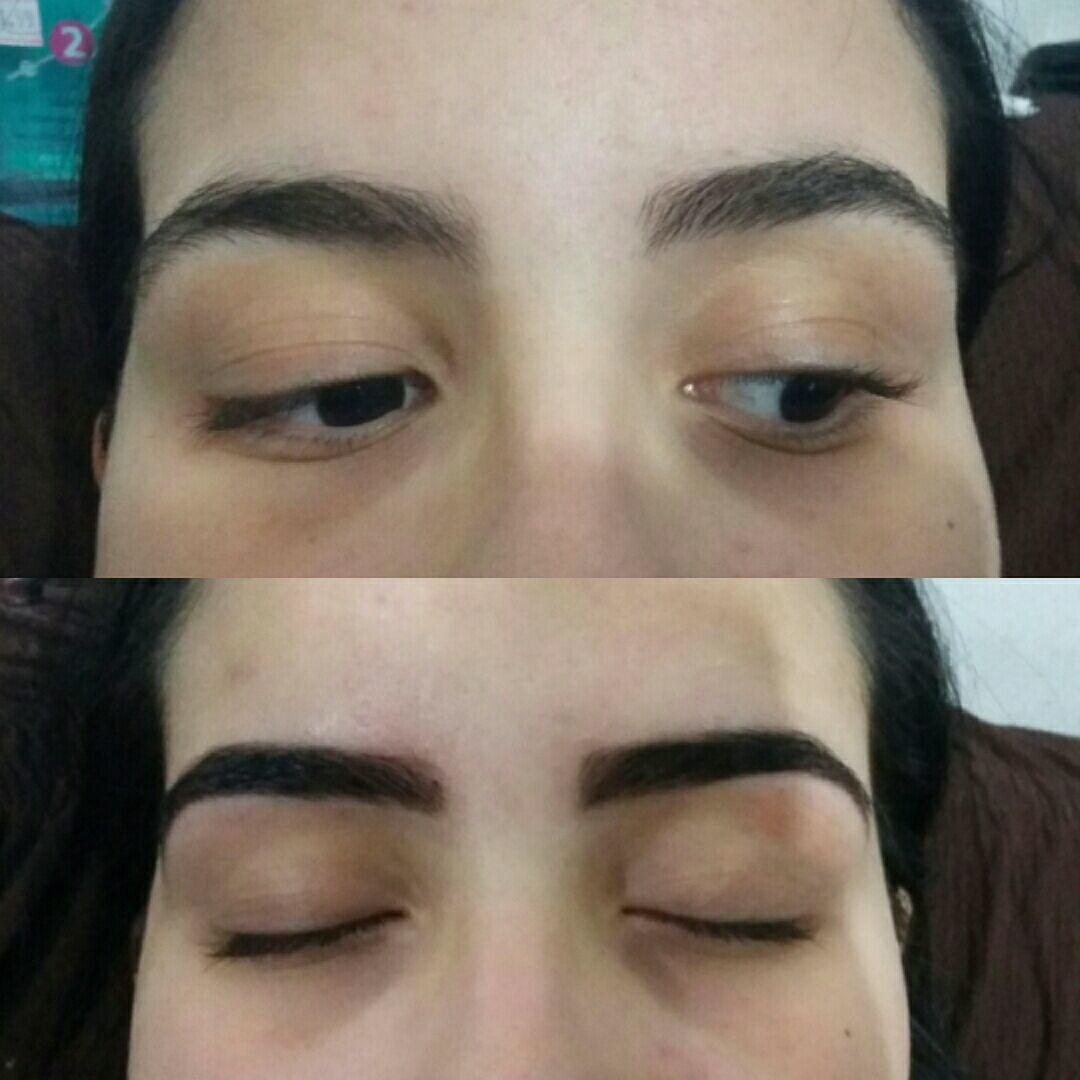 Designer de sobrancelhas com coloração de henna. estética esteticista