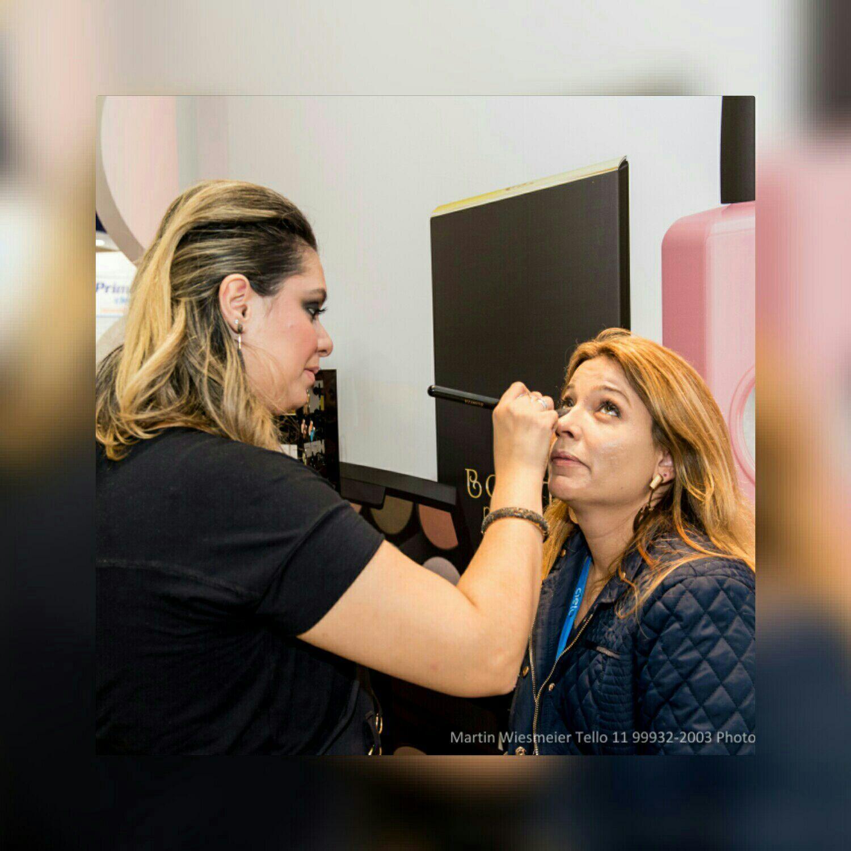 maquiagem cabeleireiro(a) maquiador(a) barbeiro(a) designer de sobrancelhas dermopigmentador(a)
