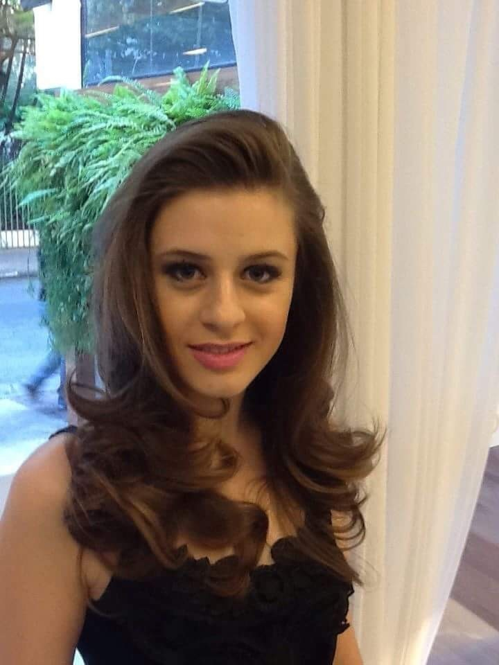 Corte e brushing cabelo cabeleireiro(a) stylist / visagista