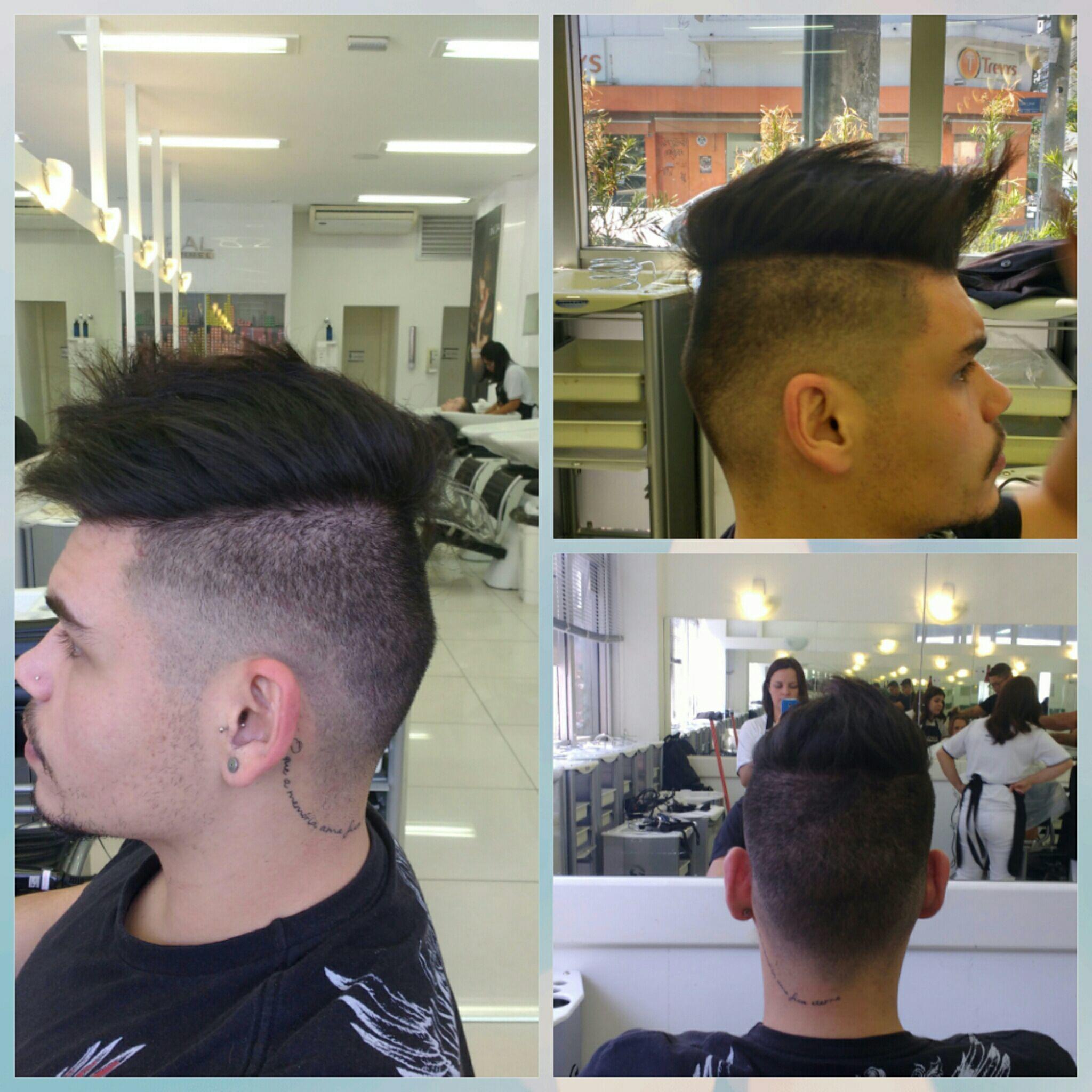 Corte masculino, disfarce degradê com a maquina auxiliar cabeleireiro(a) cabeleireiro(a)