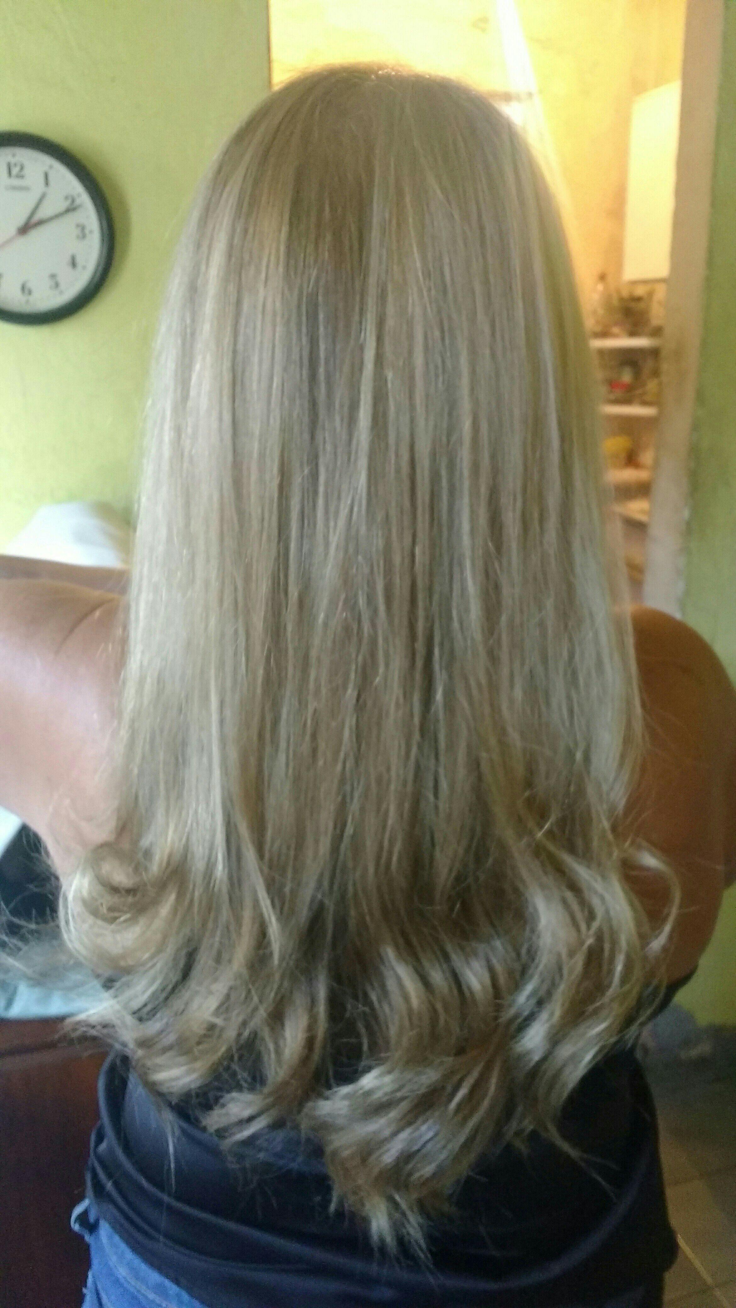 Reflexo cabelo cabeleireiro(a)