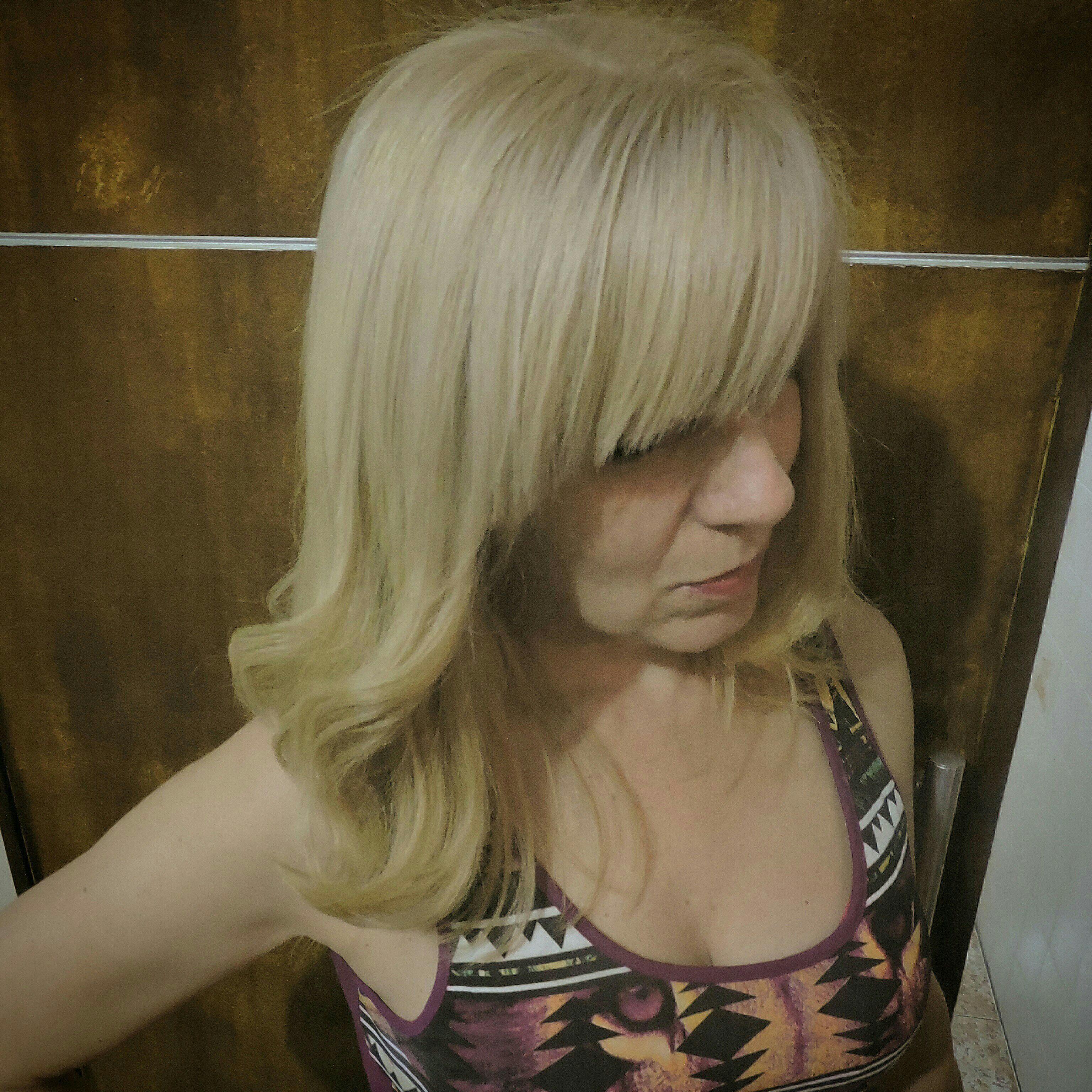 Retoque de raiz cabelo auxiliar cabeleireiro(a) cabeleireiro(a) cabeleireiro(a)