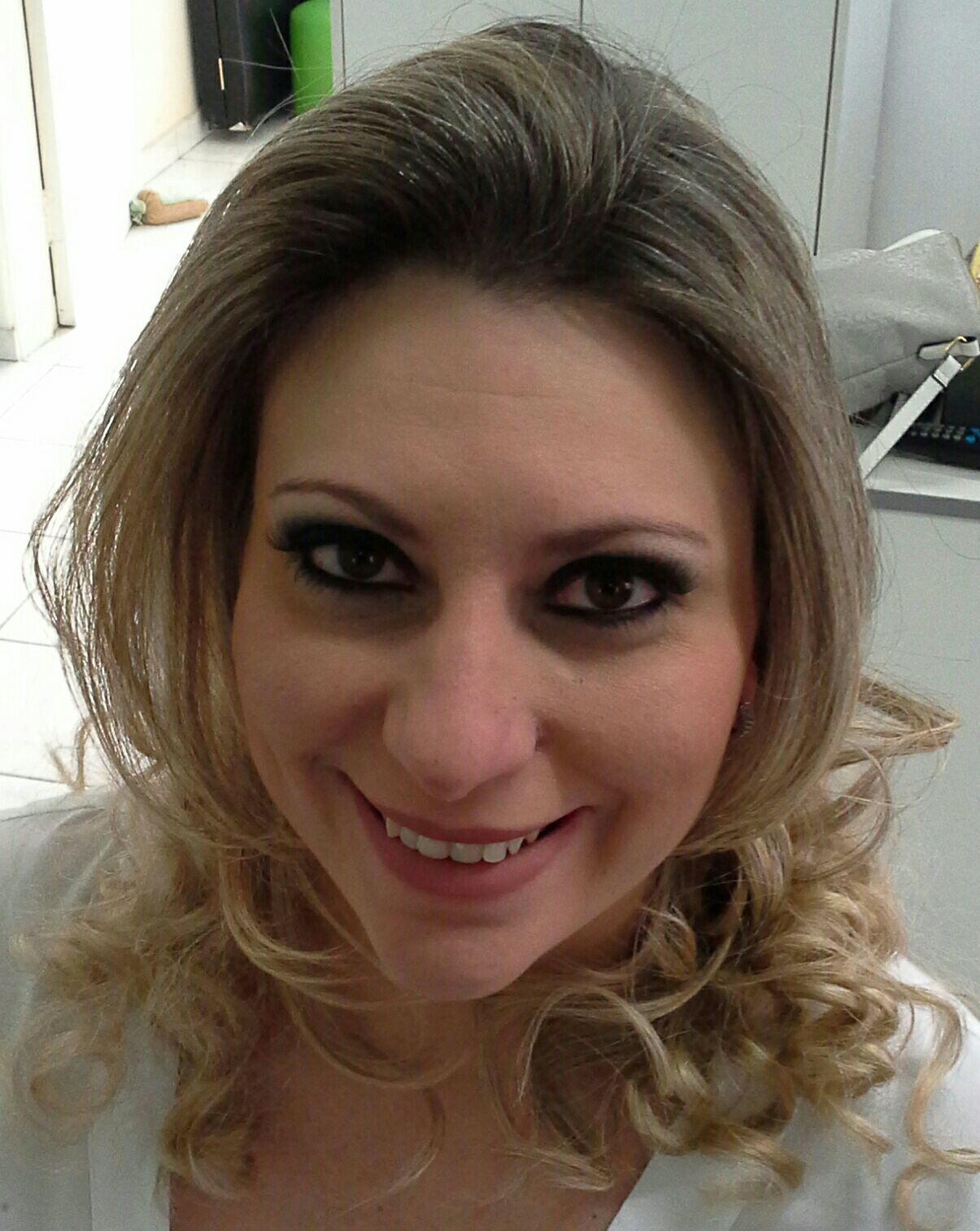 Cabelo e  maquiagem de festa  Profissional, Veravisagista maquiagem stylist / visagista cabeleireiro(a)
