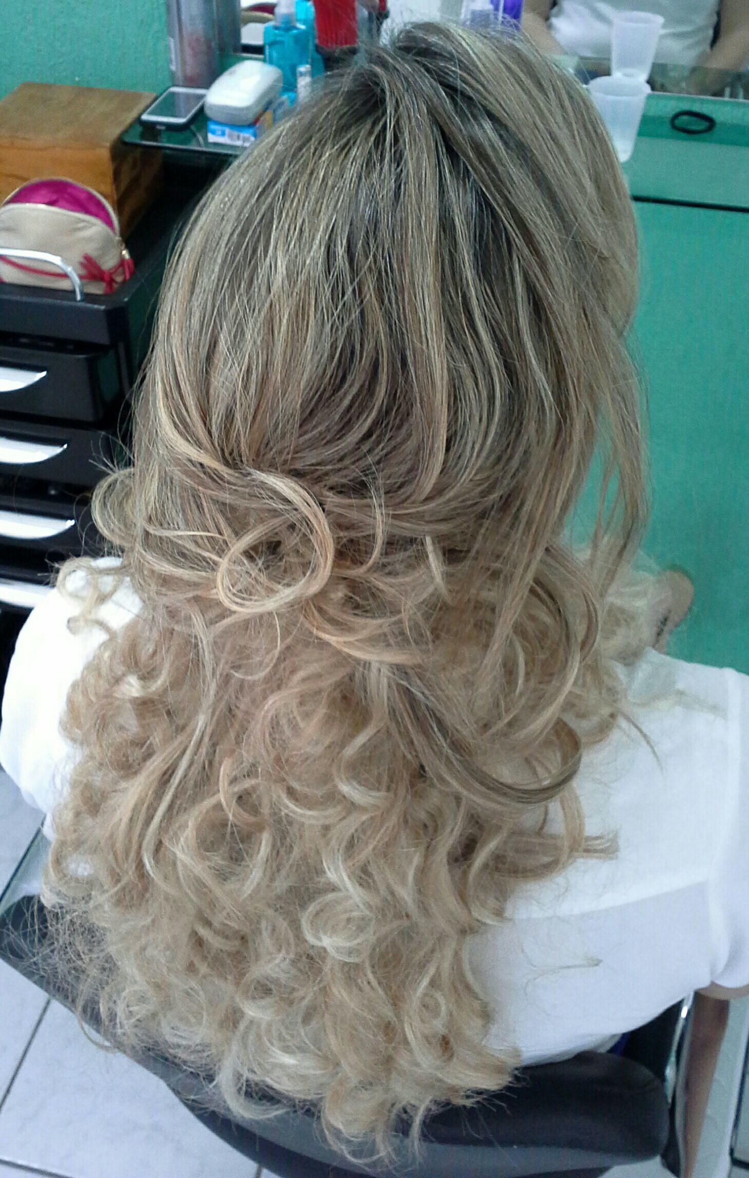 Cachos  perfeitos  Hair,  Veravisagista cabelo stylist / visagista cabeleireiro(a)