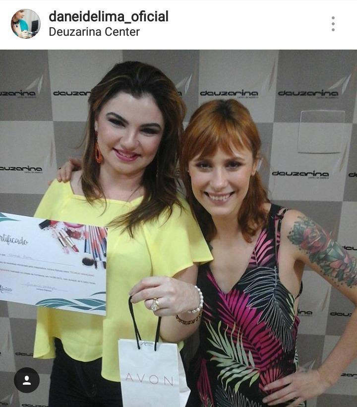 Aprimorando meus conhecimentos com a top Juliana Rakosa maquiagem dermopigmentador(a) designer de sobrancelhas maquiador(a)