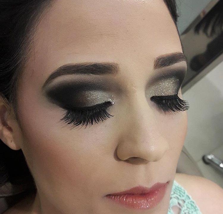 Maquiagem para casamento.  maquiagem maquiador(a)