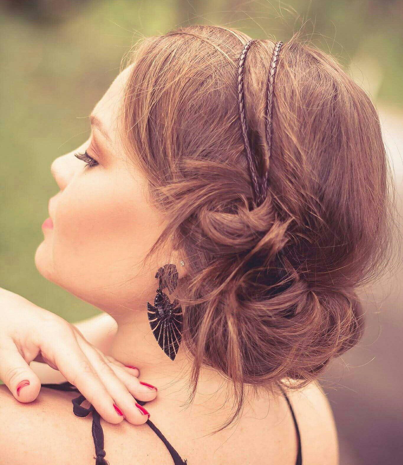 Ensaio fotográfico da linda Carol.  Cabelo e make por minhas mãos 🙆💋💄   Para este ensaio apostei em um look bem romântico da make ao cabelo, que super combinou com a personalidade da Carol.  Eu adorei o resultado,  e vocês?    #makeupartist #look #sp #MakeupbyKarinaG #beauty #beleza #fashion #model #hairstyle #hair #photographer #natural #noivas #maquiagem  #ensaiofotografico #ensaios #ensaioexterno #bride #bestoftheday #estilo #maquiagem #makeup #penteadoromantico maquiagem maquiador(a) designer de sobrancelhas
