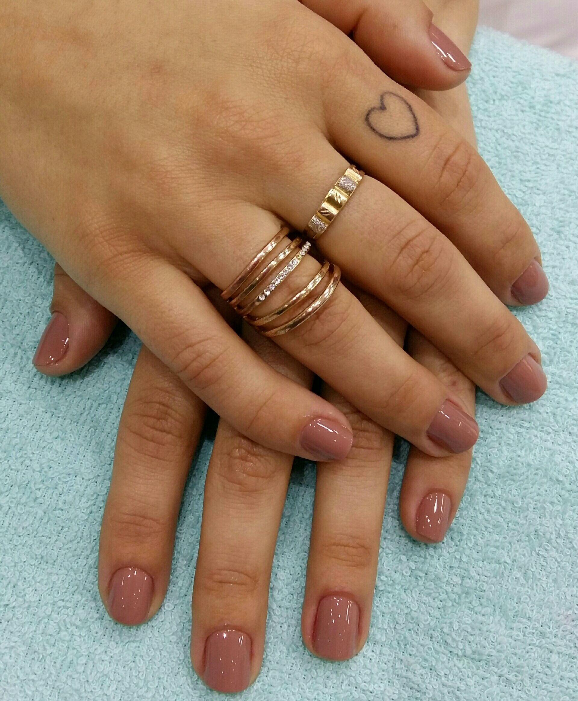 Nude, delicado e chic!! unha manicure e pedicure designer de sobrancelhas manicure e pedicure manicure e pedicure