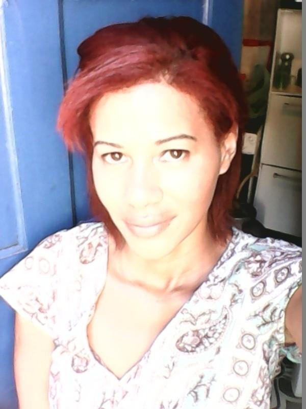 sombraselha reta cabelo cereja e make leve cabelo maquiador(a) designer de sobrancelhas manicure e pedicure massagista cabeleireiro(a) outros