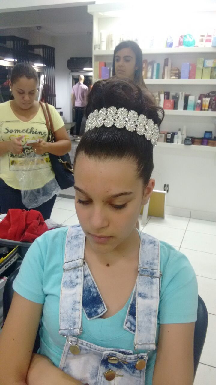 Teste de penteado (deputante) cabelo auxiliar cabeleireiro(a) cabeleireiro(a)
