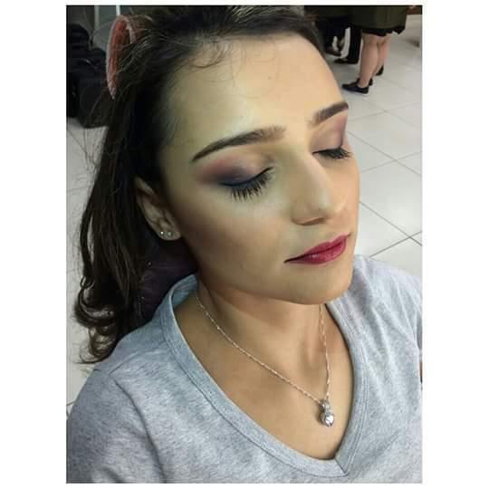 Maquiagem para evento social maquiagem maquiador(a)