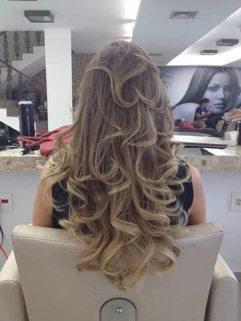 Brushing  cabelo auxiliar cabeleireiro(a)