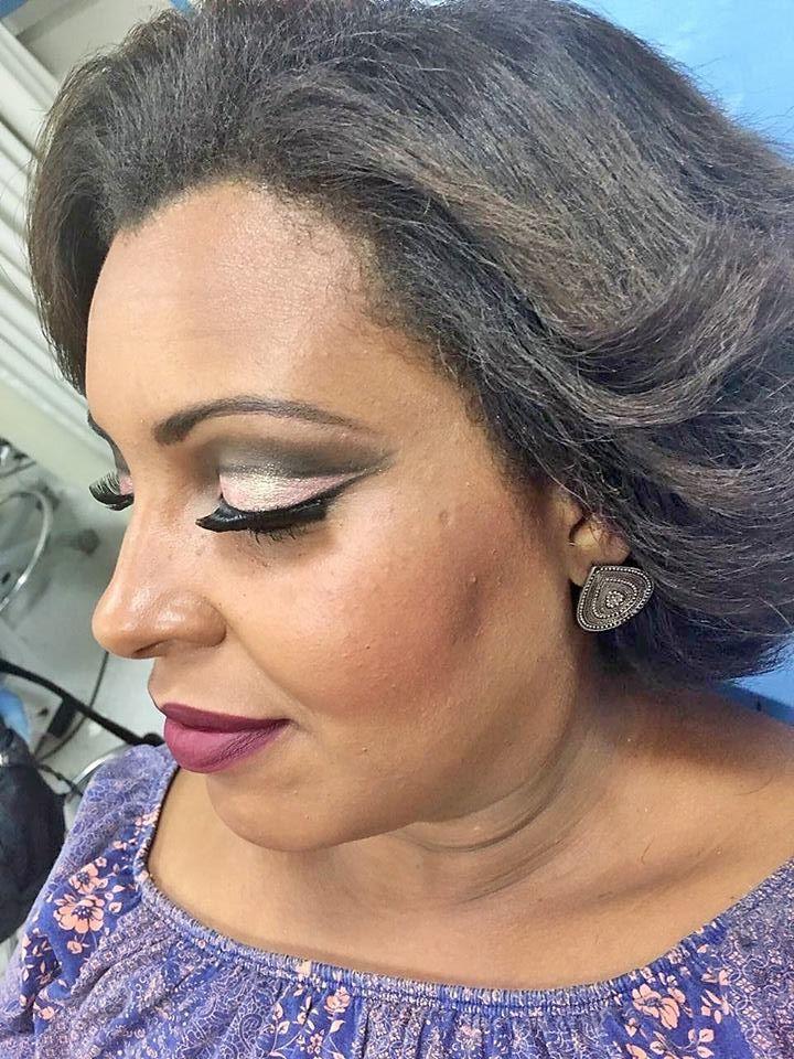 Pele Negra (Depois) maquiagem recepcionista maquiador(a)