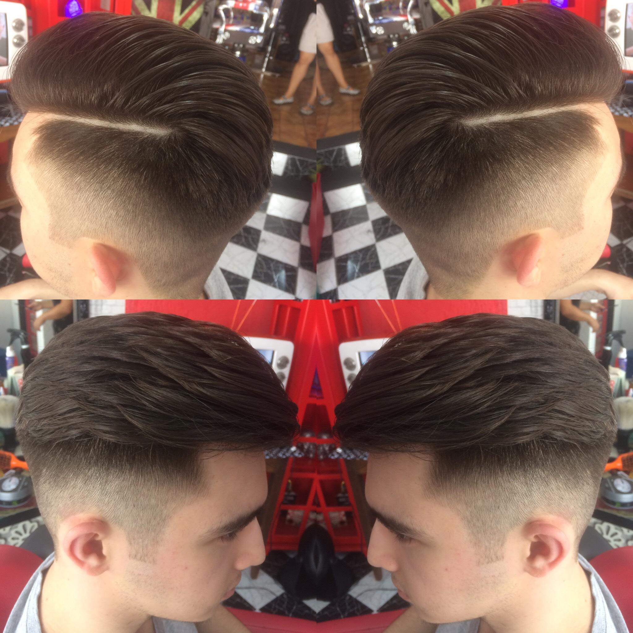 Aqui eu fiz um Fade, um corte muito pedido no momento!!!#barbers #undercut #razorpart #pompadour... cabelo cabeleireiro(a) barbeiro(a)