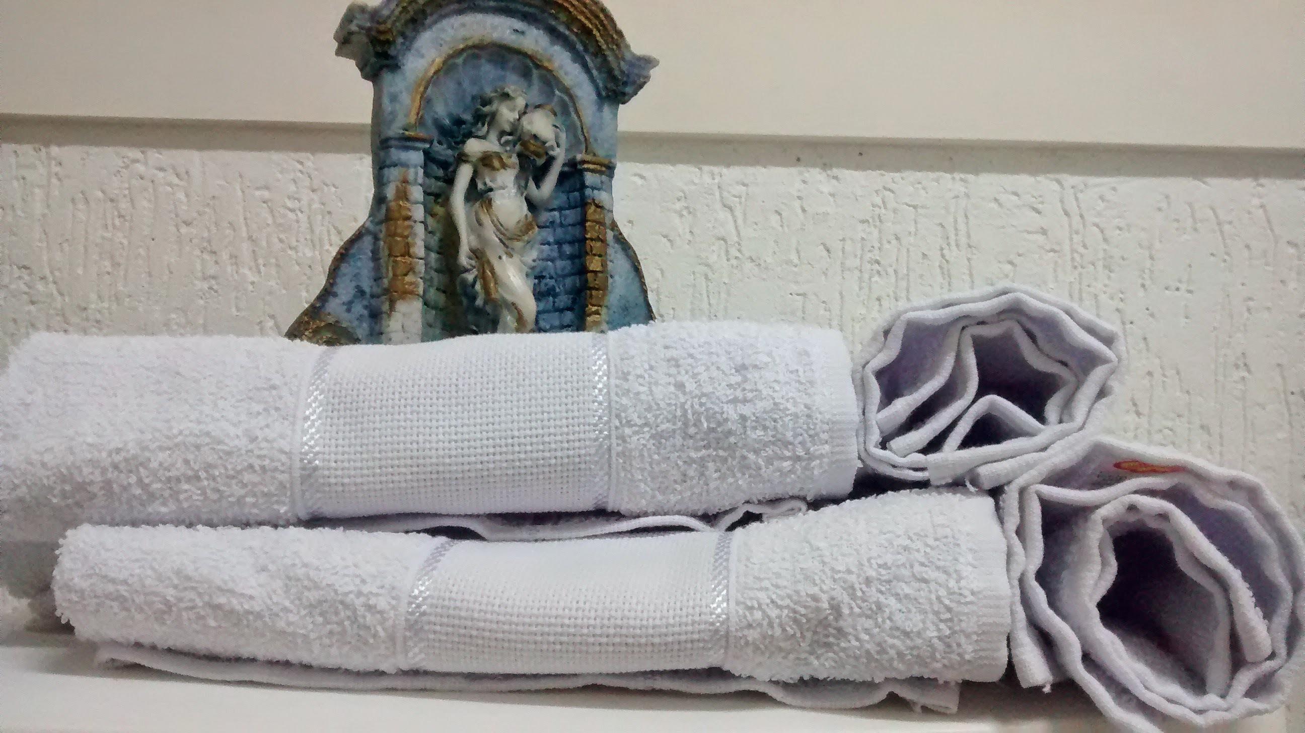 Massagem relaxante. estética depilador(a) designer de sobrancelhas esteticista aromaterapeuta outros