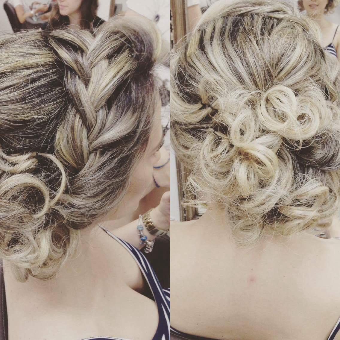 Cor e penteado. cabelo cabeleireiro(a) maquiador(a) designer de sobrancelhas