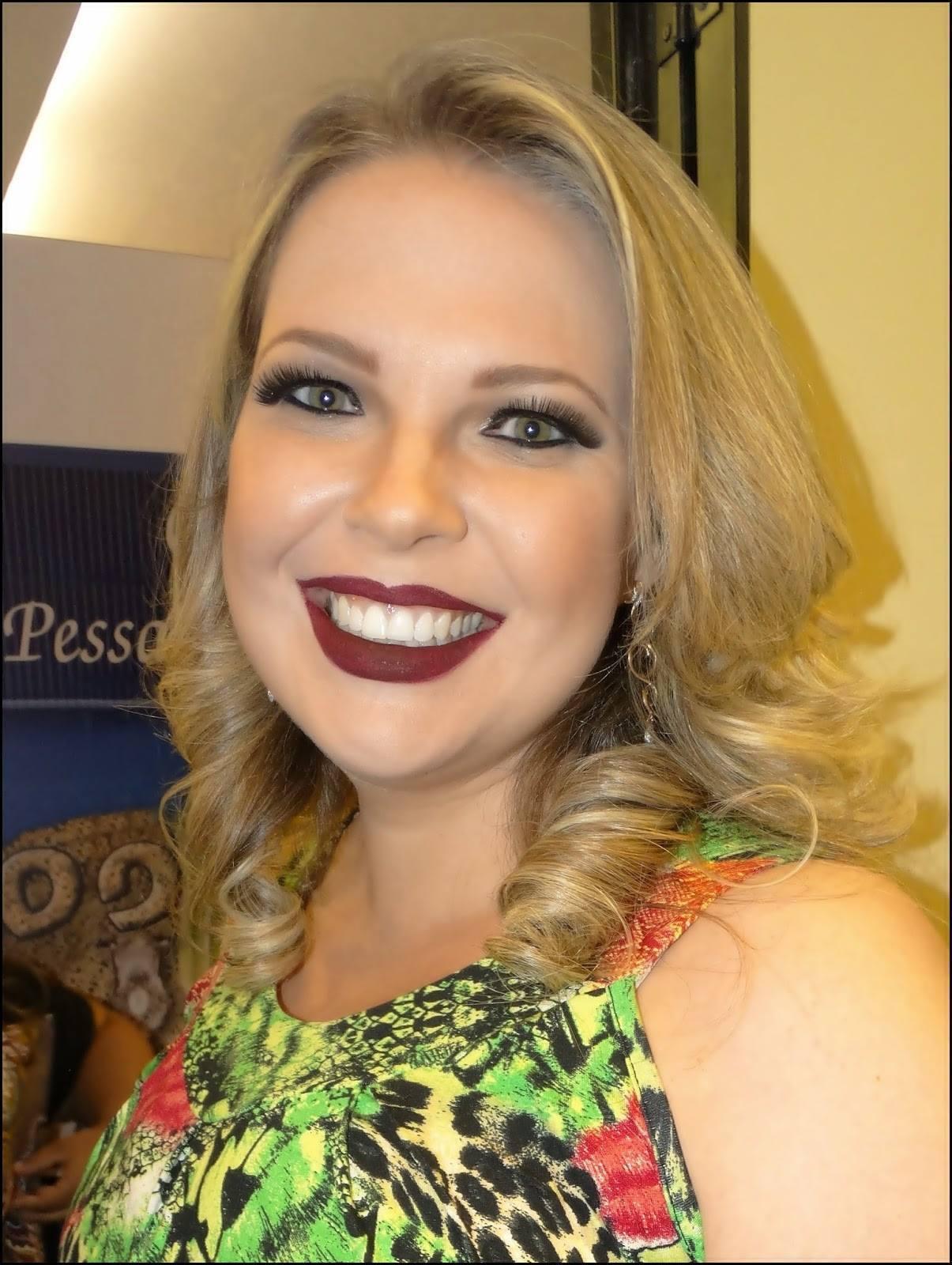 Danielle Ramalho Desfile Ateliê @plussize 2015 Makeup: Mônica Silva Foto: Divulgação #MônicaSilvaMakeup #MissPlusSize #MaquiadoradasMisses #Maquiagem #Desfile maquiagem maquiador(a) consultor(a)