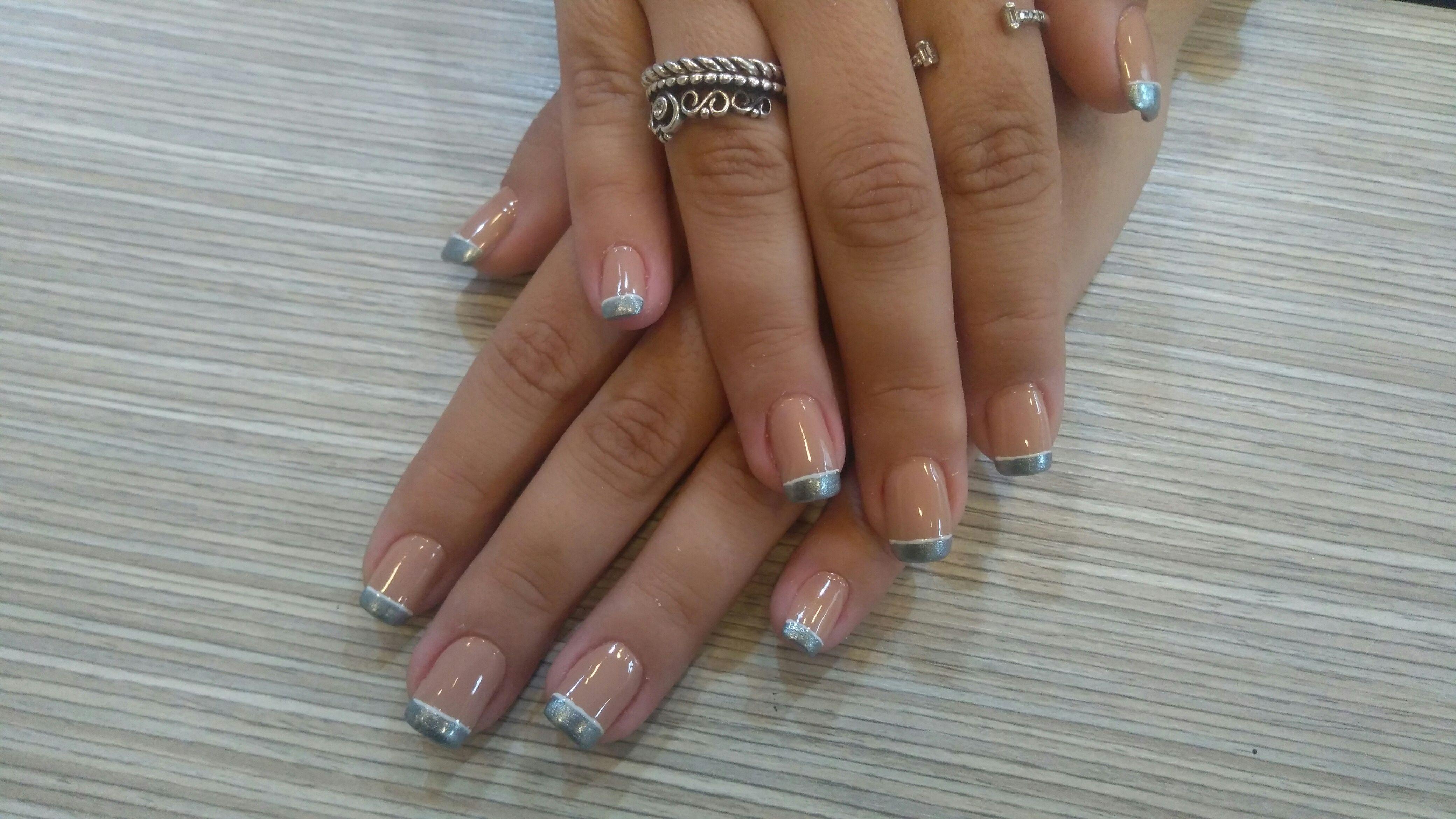 Mas um trabalho lindo maravilhoso unhas em gel e francesinha mas uma cliente feliz unha manicure e pedicure