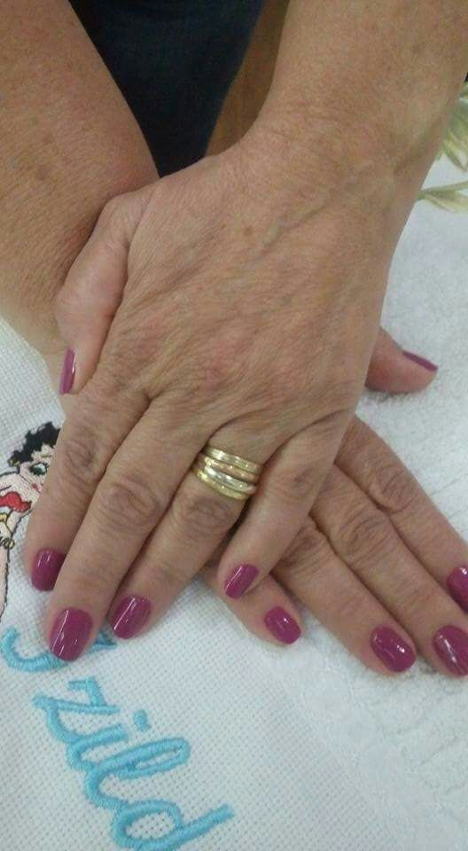 unha manicure e pedicure designer de sobrancelhas recepcionista depilador(a)