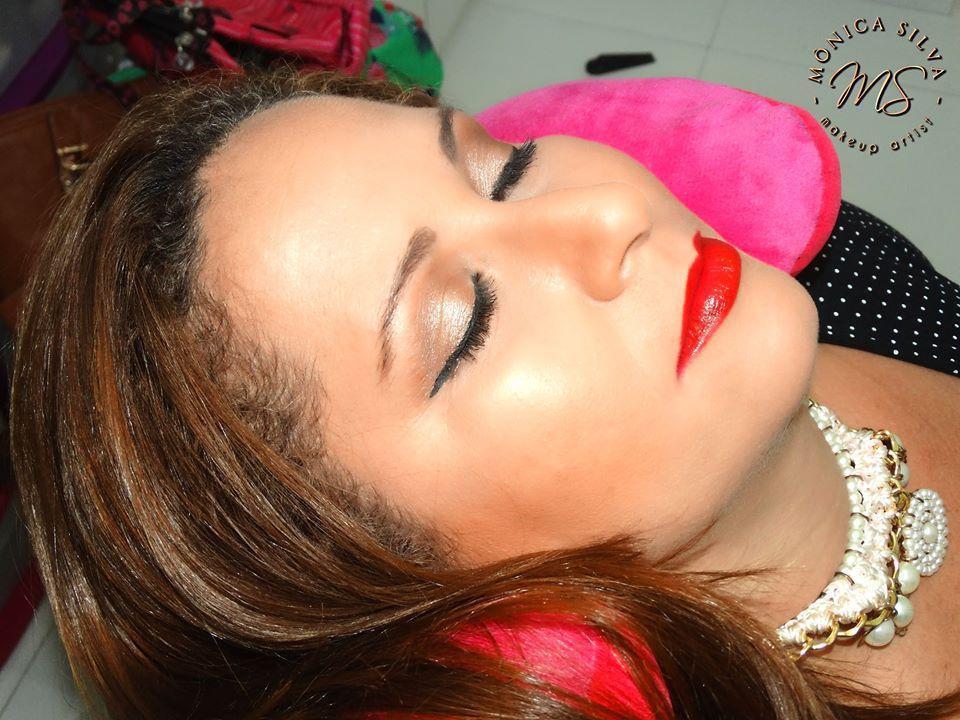 Alessandra Martins maquiagem maquiador(a) consultor(a)
