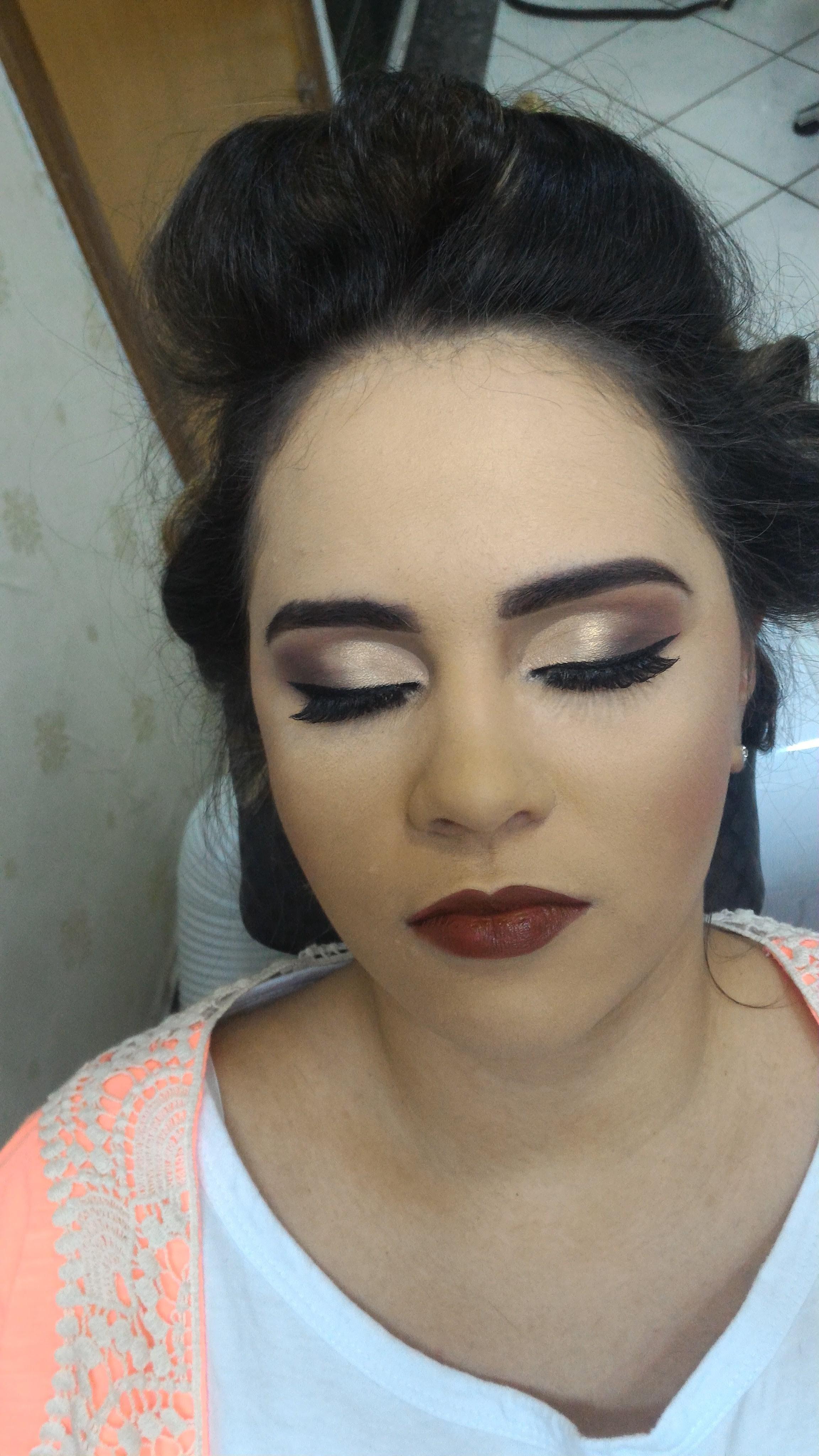 Cliente linda #cliente #madrinha #noivas #goiânia #gyn maquiagem maquiador(a)