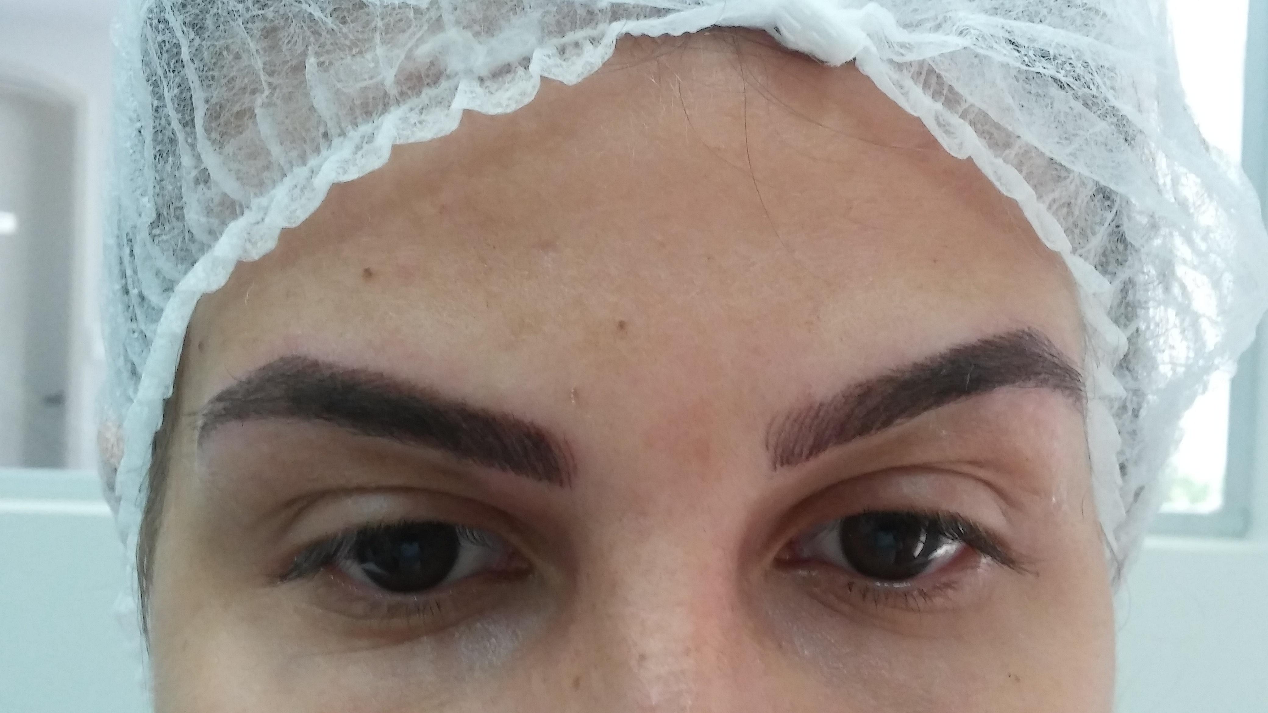 Micropigmentação fio a fio fsline, a naturalidade dos traços! estética dermopigmentador(a) designer de sobrancelhas depilador(a)