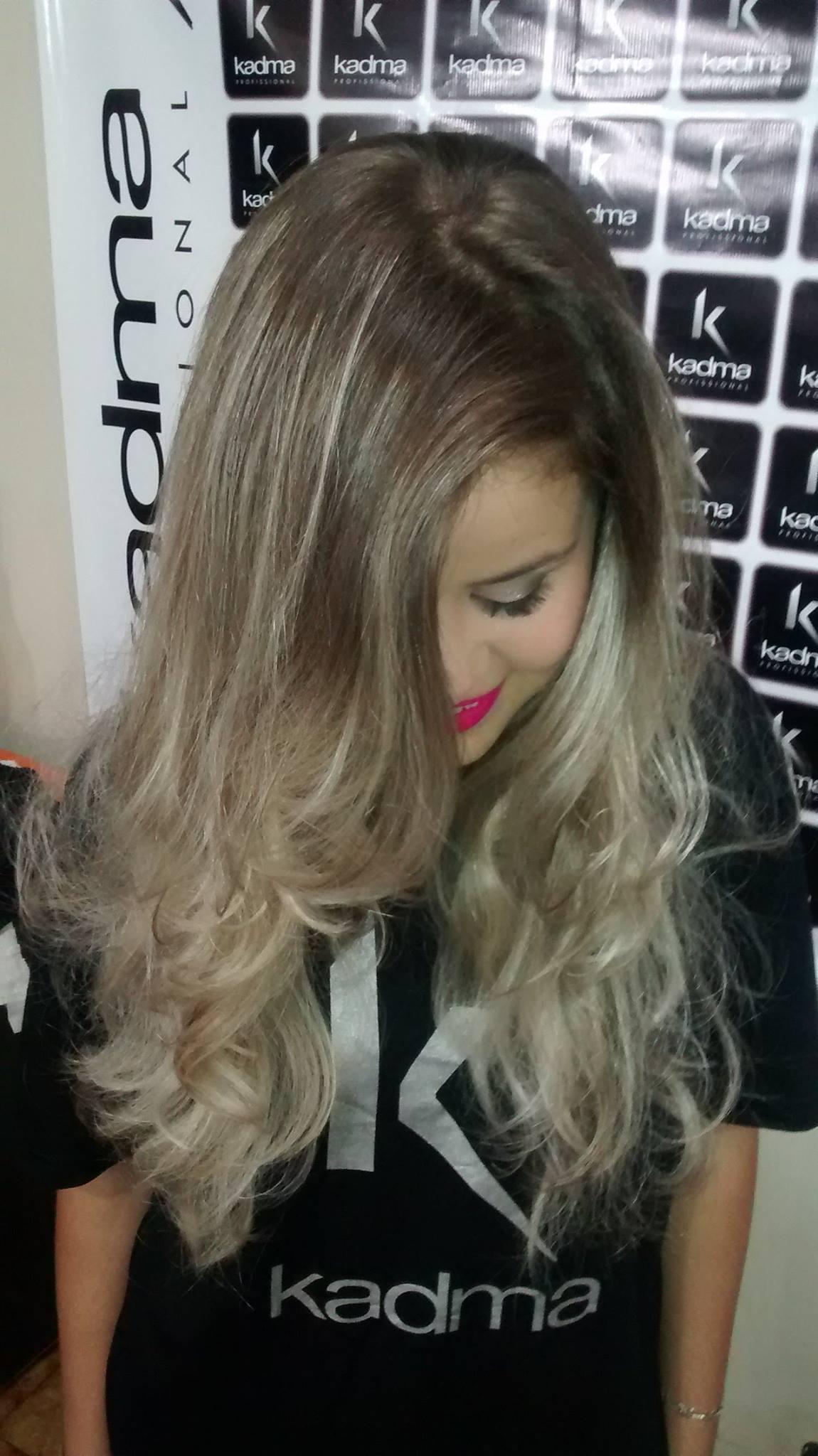 # Luzes cabelo cabeleireiro(a) depilador(a) designer de sobrancelhas maquiador(a) esteticista