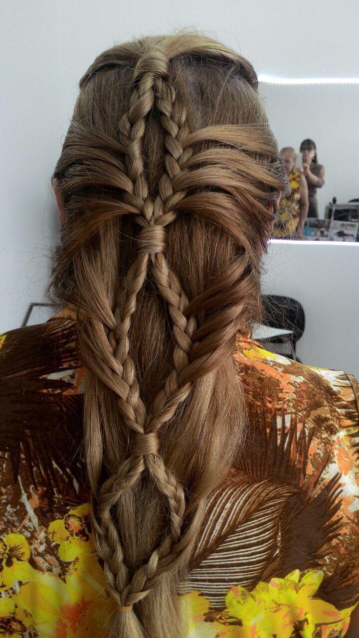 #Trança cabelo cabeleireiro(a) depilador(a) designer de sobrancelhas maquiador(a) esteticista