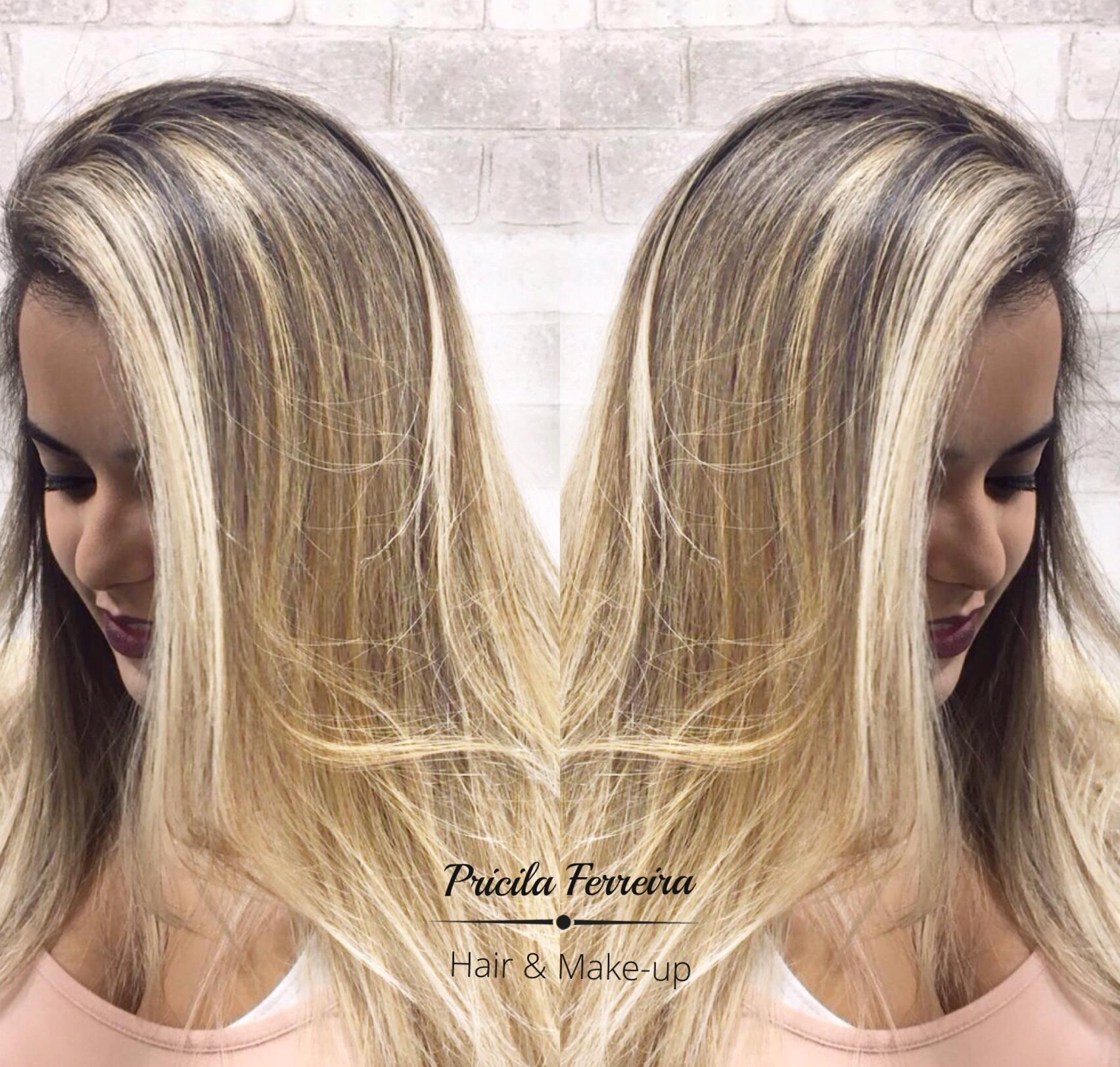 Loiro perfeito By Pricila Ferreira @pricilagfhair #loiros #loirodosonhos #luzes #mechas #ombrehair #hair #loirodivo #platinado cabelo cabeleireiro(a) maquiador(a) designer de sobrancelhas