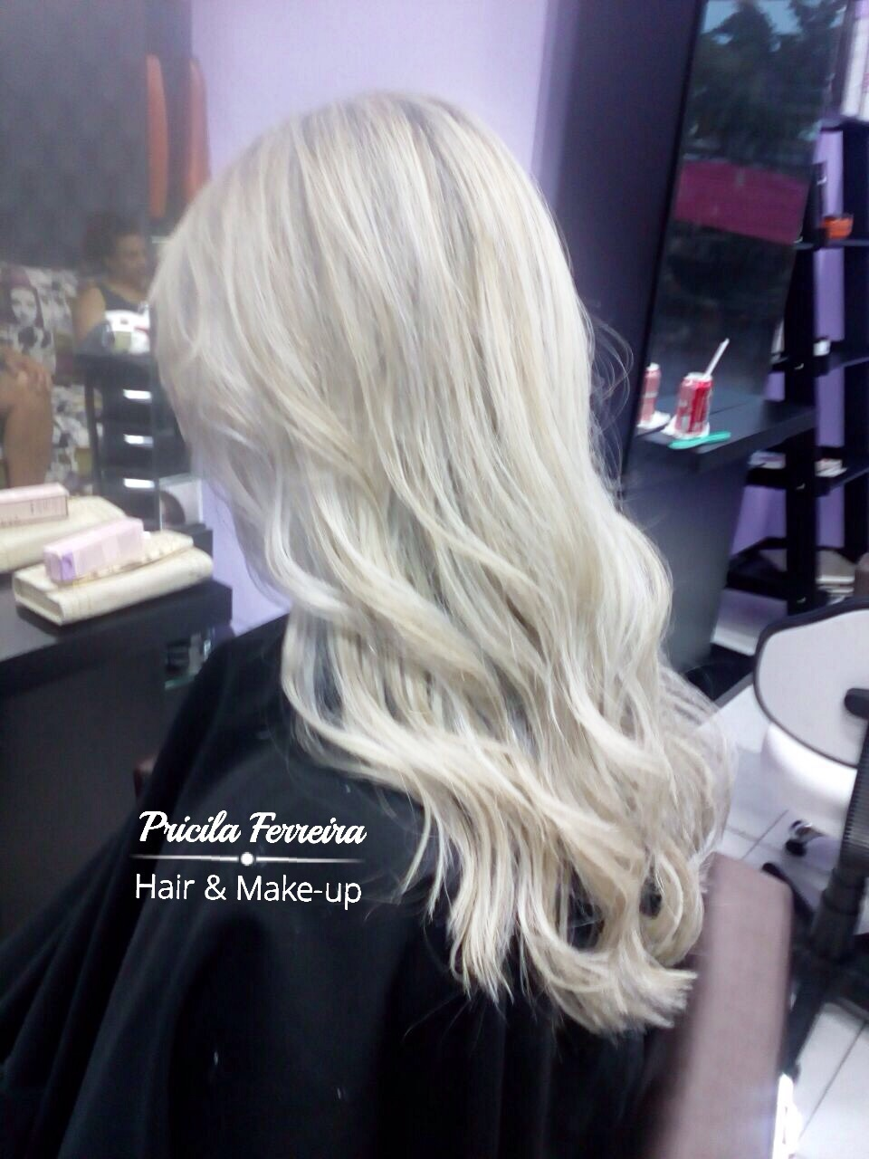Loiro perfeito By Pricila Ferreira @pricilagfhair #loiros #loirodosonhos #luzes #mechas #ombrehair #hair #loirodivo #platinado #cabelo cabelo cabeleireiro(a) maquiador(a) designer de sobrancelhas