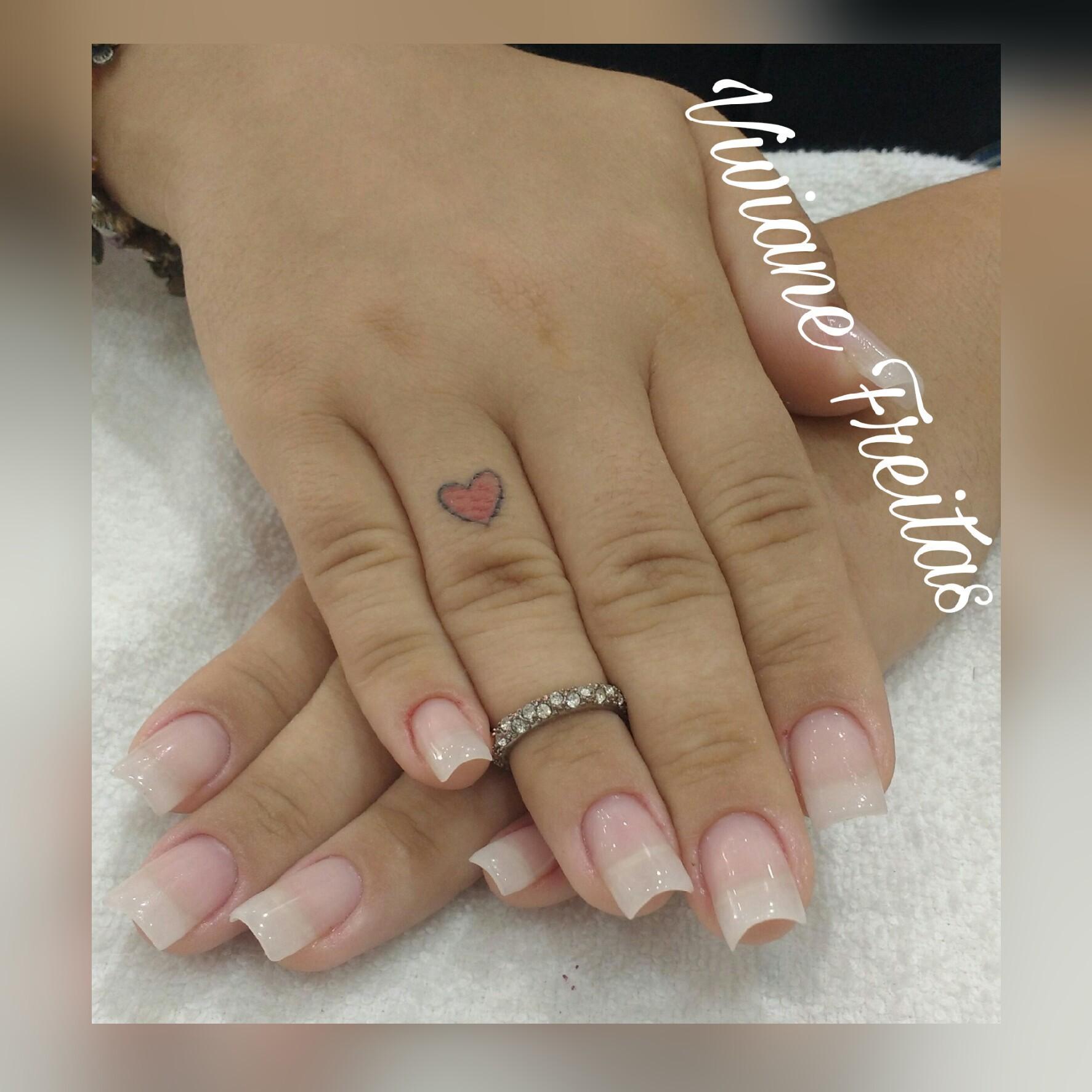 Estrutura em gel unha manicure e pedicure