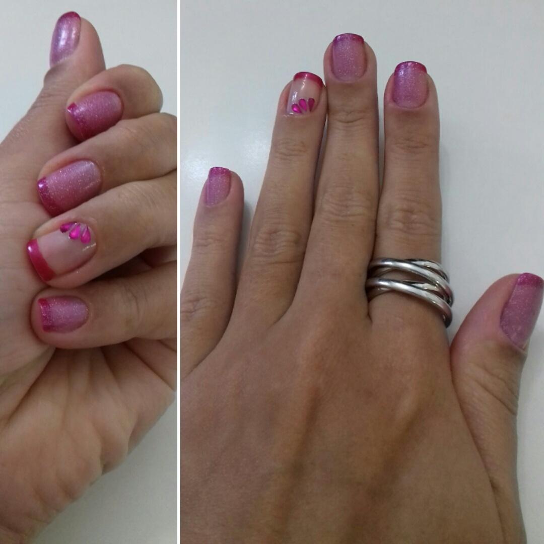 #francesinha #gliter #pedraria unha designer de sobrancelhas depilador(a) manicure e pedicure