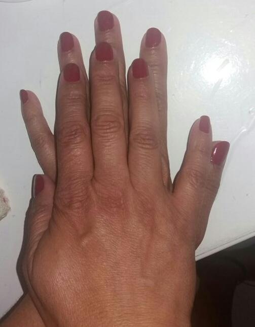 #vermelho #risque unha designer de sobrancelhas depilador(a) manicure e pedicure