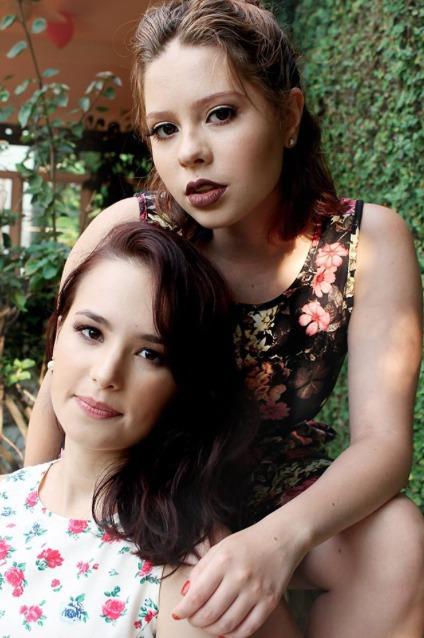 Editorial com beleza natural maquiagem maquiador(a)