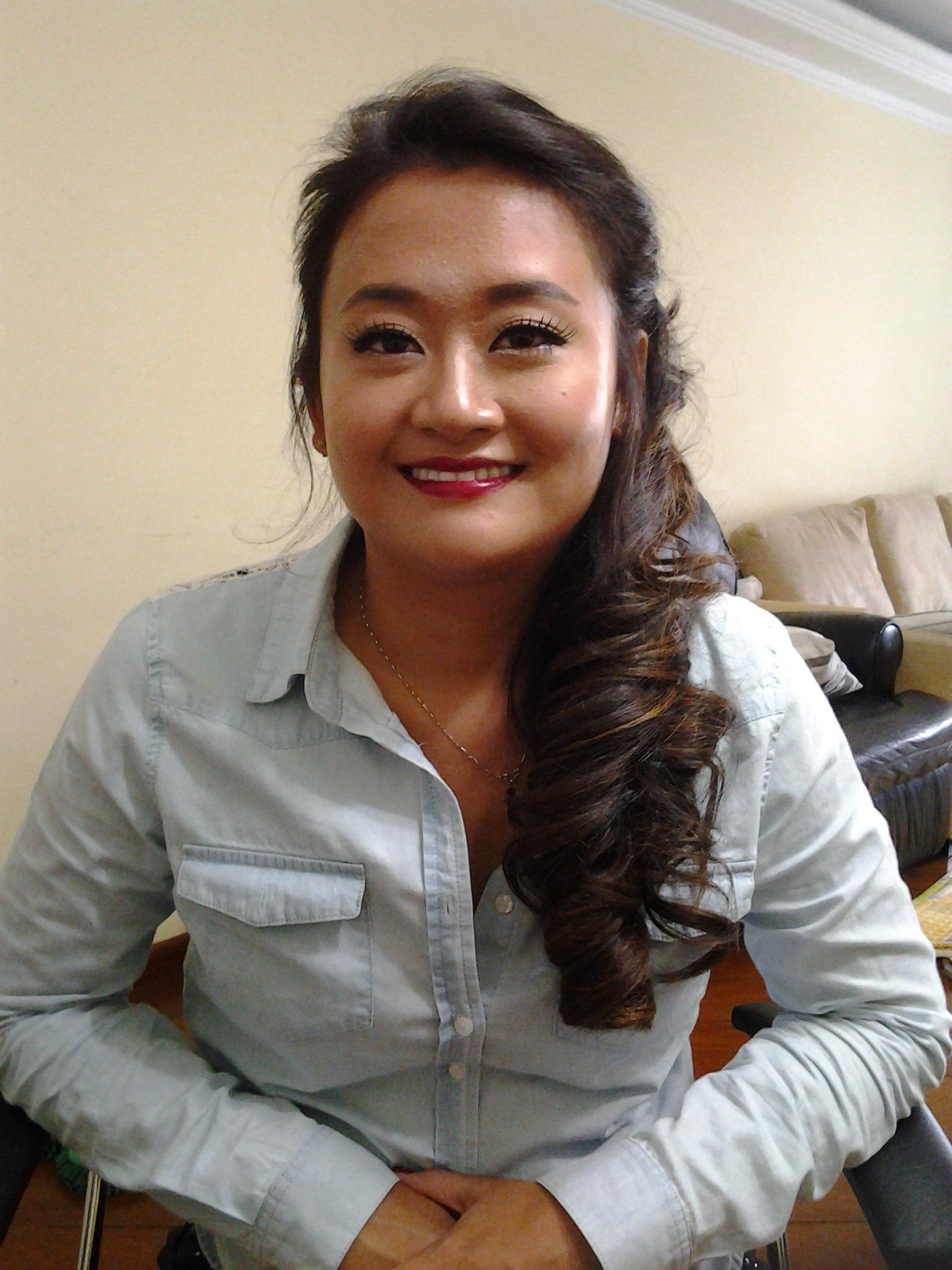 Penteado e maquiagem para madrinha  #koreanstyle #kbeauty #kcosmetic #kcosmetics #makeoriental #coreana #beleza #kpop #novidade #tendencia #rotinacoreana #cuidadooriental #culturekorean #culturacoreana #empoderamento #feminina #rotinacoreana #thebest  #newlook #make #makeoriental #makeuplifestyle #makestyle  cabelo cabeleireiro(a) maquiador(a)