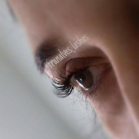 Não deixe para a última hora!😉 Venha realçar seu olhar!!!! Clínica Cene Rua Cândido Bueno,434 - Berlim 3867 2568 / 993772963 #alongamentodecilios #lashes #fioafio #extesaodecilios #olhosdeboneca estética esteticista designer de sobrancelhas depilador(a)