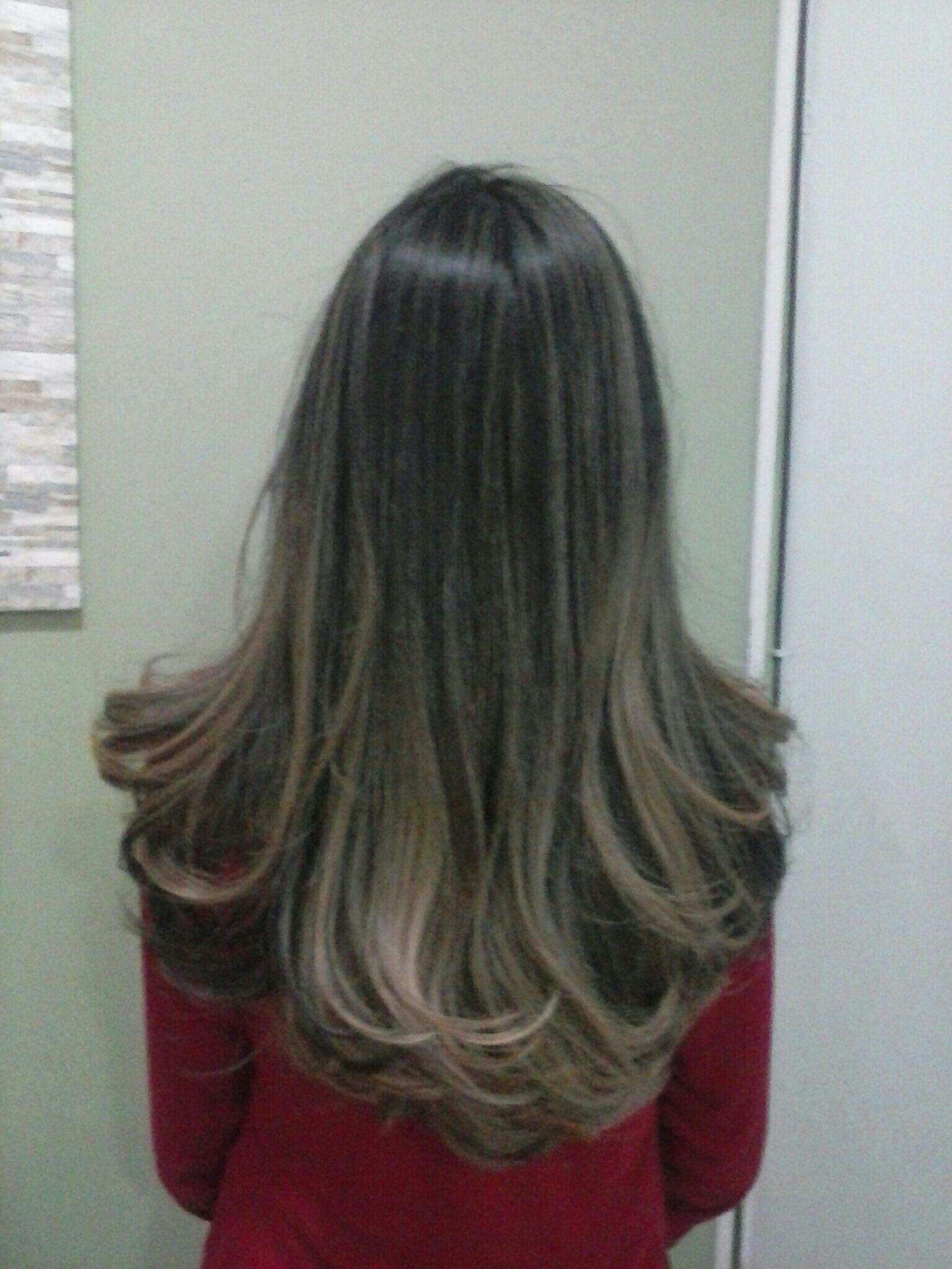 Ombre hair e corte cabelo stylist / visagista cabeleireiro(a) outros