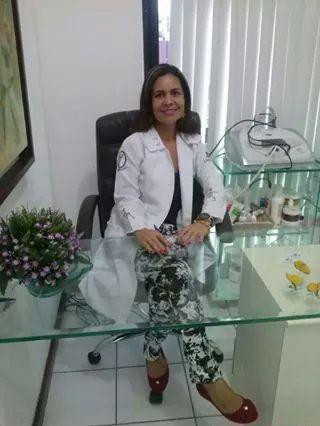 estética esteticista cosmetólogo(a)