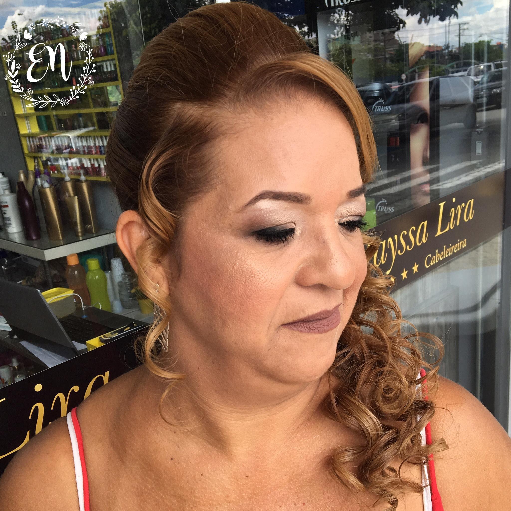 #makeup #hairoftheday  maquiador(a) cosmetólogo(a) esteticista auxiliar cabeleireiro(a)