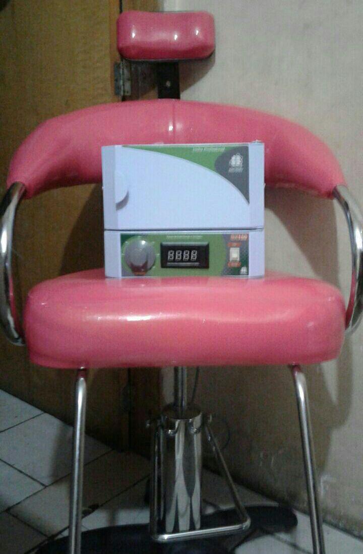 Venda cadeira hidráulica 250,00 seminovo 2 meses de uso outros manicure e pedicure designer de sobrancelhas
