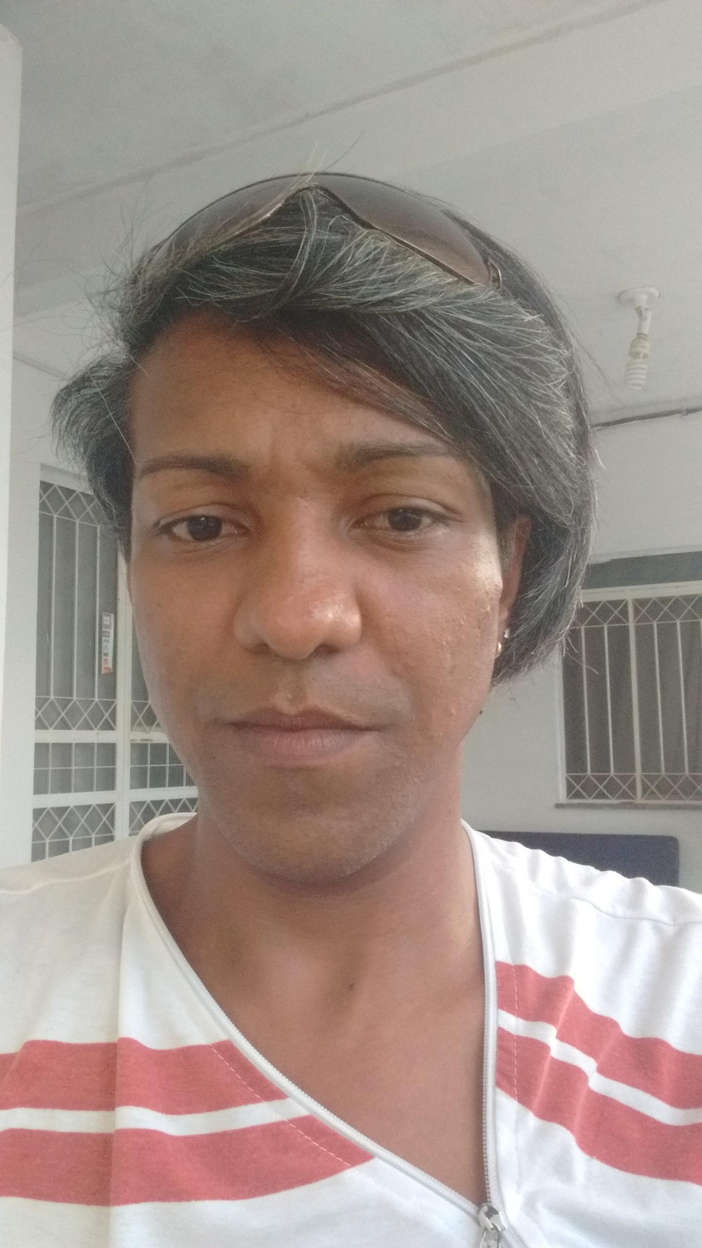 Sou Marcus , sou cabeleireiro tenho 34 anos adoro o que faço espero ter uma vaga para que eu possa crescer na vida . cabelo cabeleireiro(a)