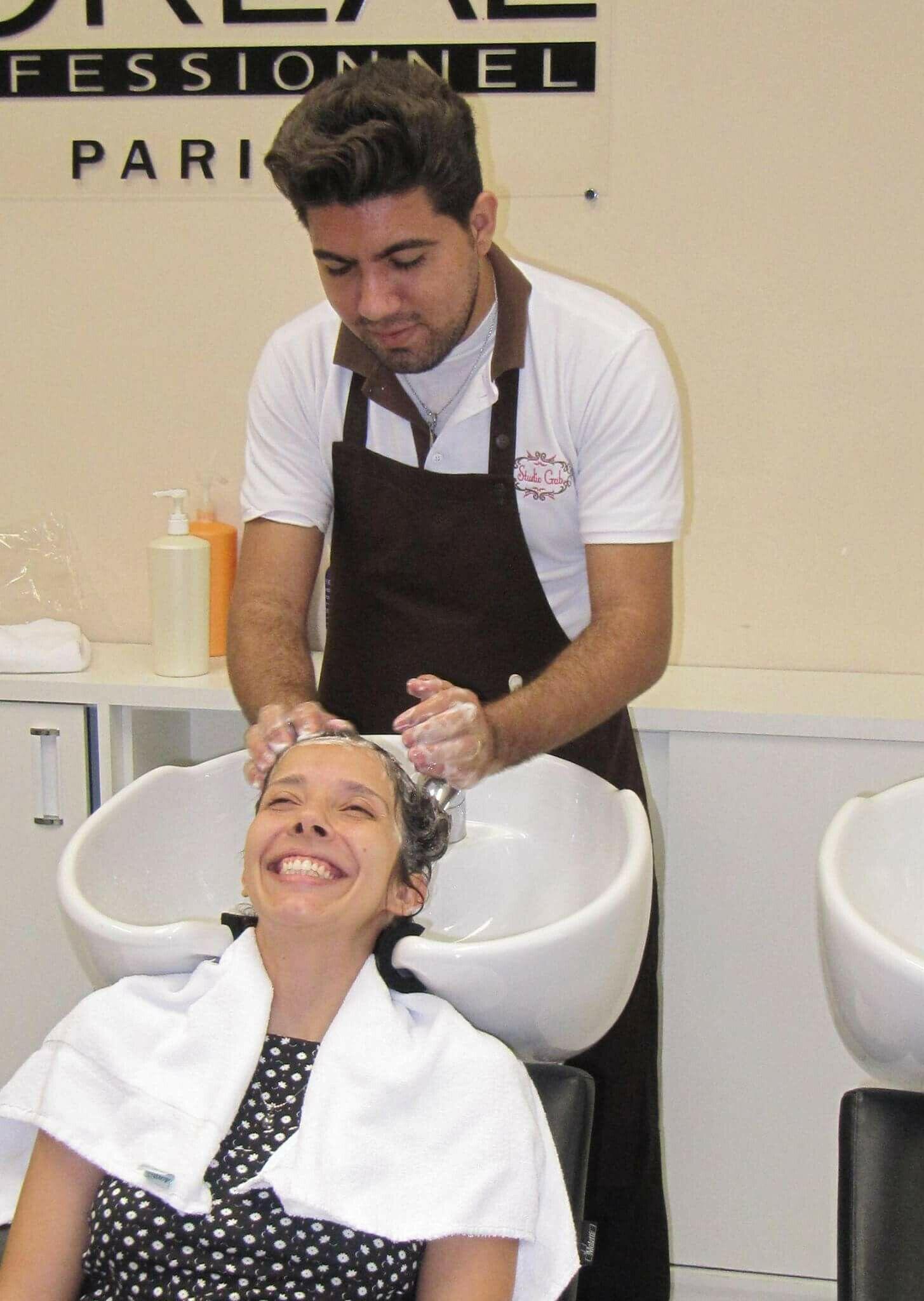 auxiliar cabeleireiro(a) barbeiro(a)