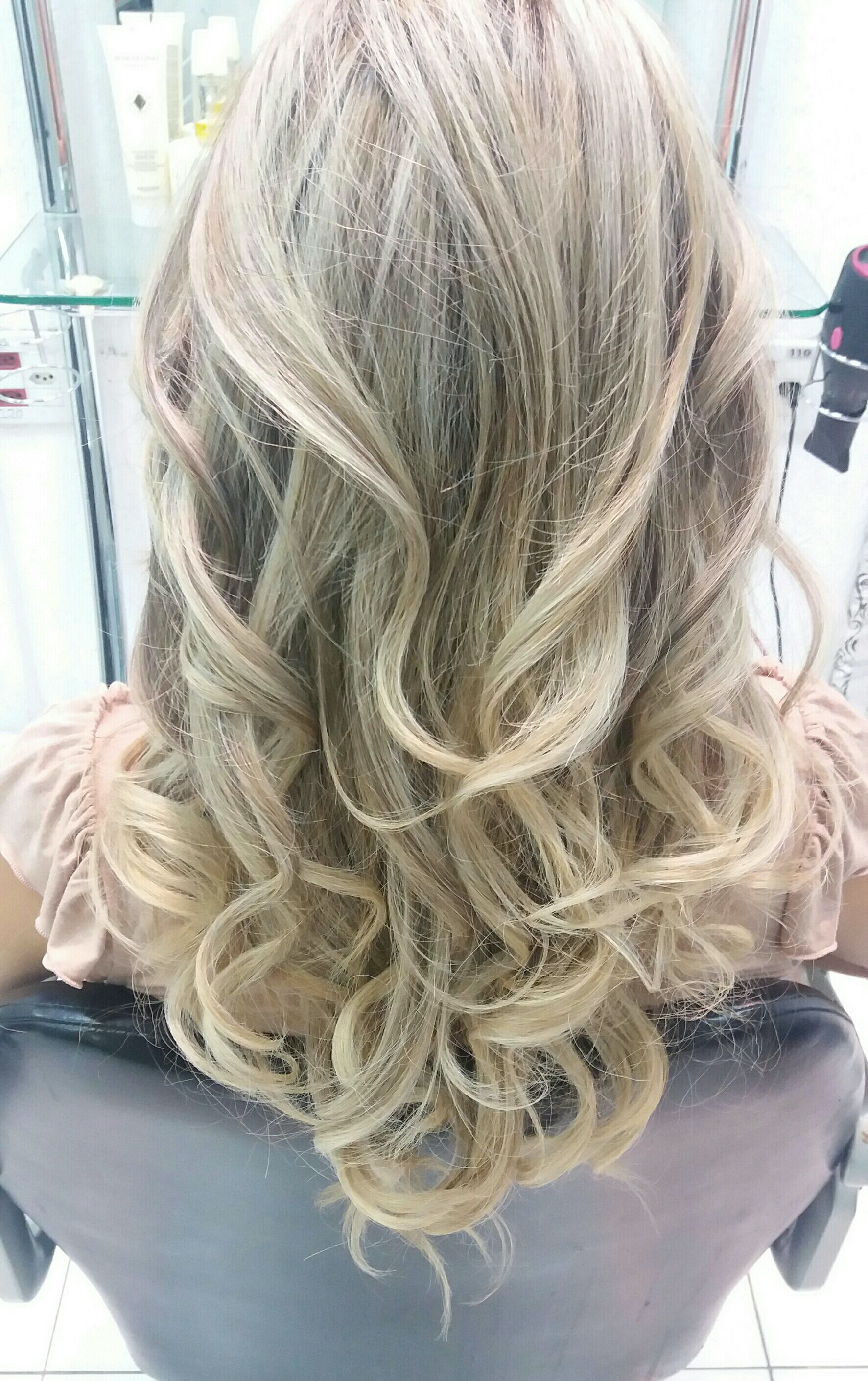 Iluminação global, com técnica em ombré e mechas auxiliar cabeleireiro(a) auxiliar cabeleireiro(a) auxiliar cabeleireiro(a) auxiliar cabeleireiro(a) auxiliar cabeleireiro(a) barbeiro(a) cabeleireiro(a) escovista escovista stylist / visagista auxiliar cabeleireiro(a) barbeiro(a) auxiliar cabeleireiro(a) cabeleireiro(a) cabeleireiro(a) cabeleireiro(a) cabeleireiro(a)