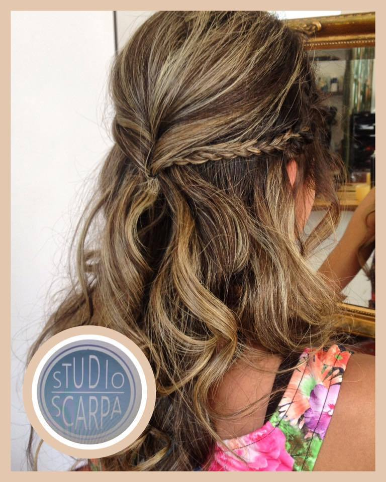 Noiva na praia by Amanda Scarpa cabelo cabeleireiro(a) maquiador(a)