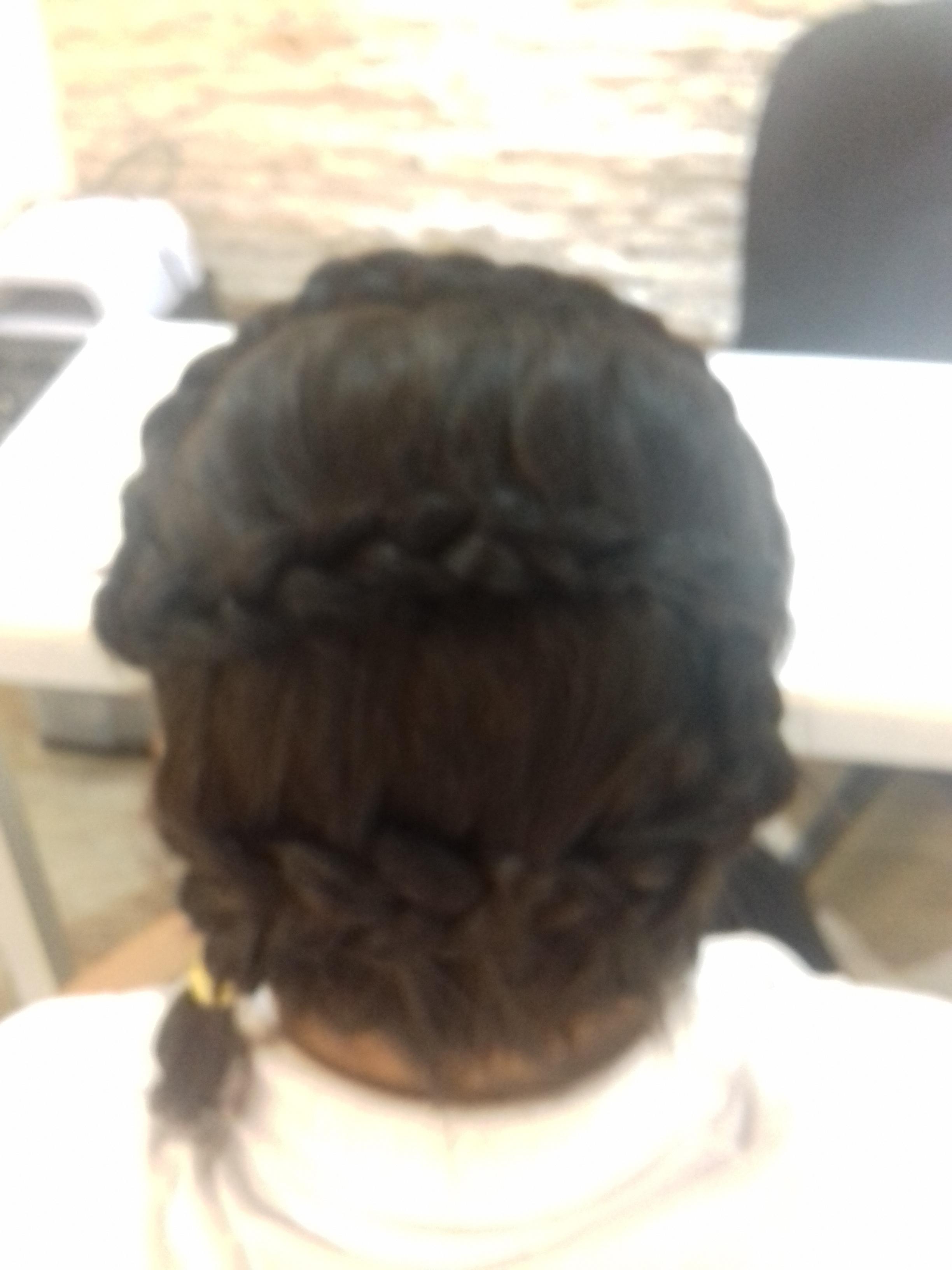 Tranca em S auxiliar cabeleireiro(a)