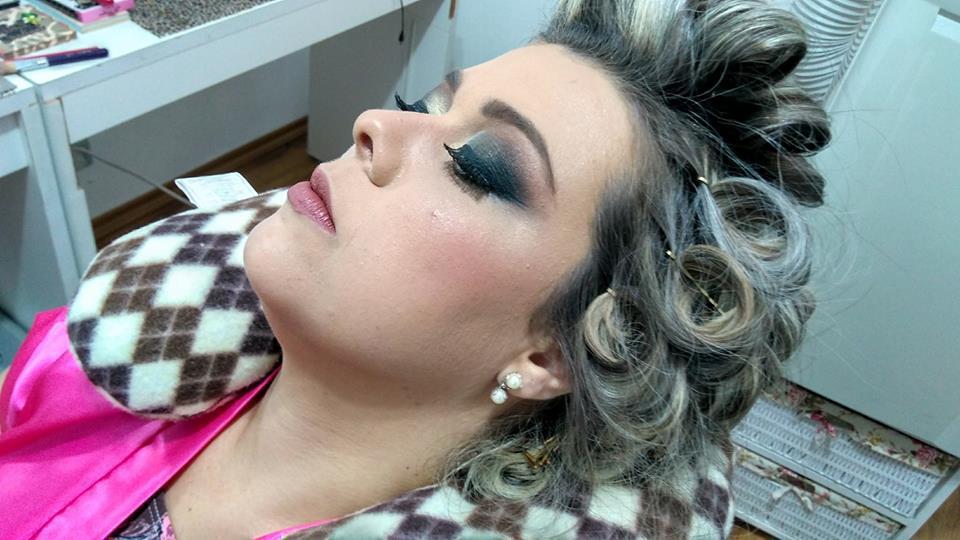 NOIVA maquiagem maquiador(a) designer de sobrancelhas cabeleireiro(a)